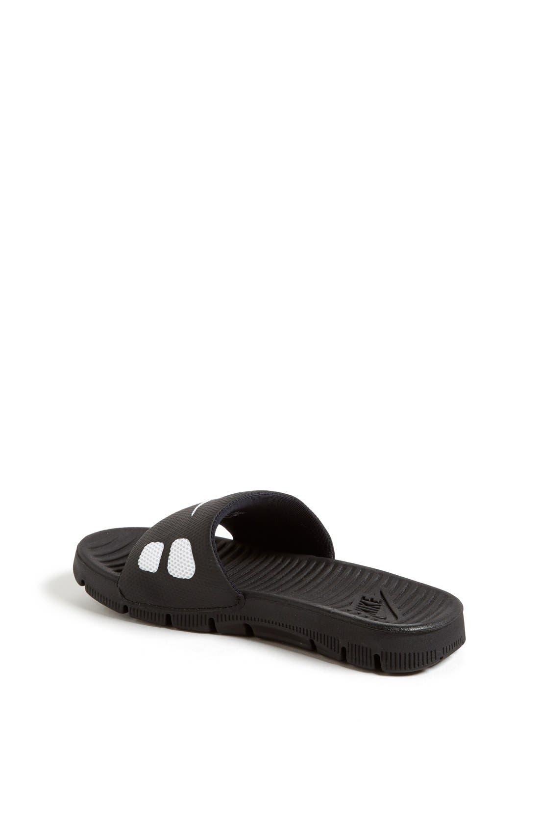 Alternate Image 2  - Nike 'Flex Motion' Sandal (Little Kid & Big Kid)