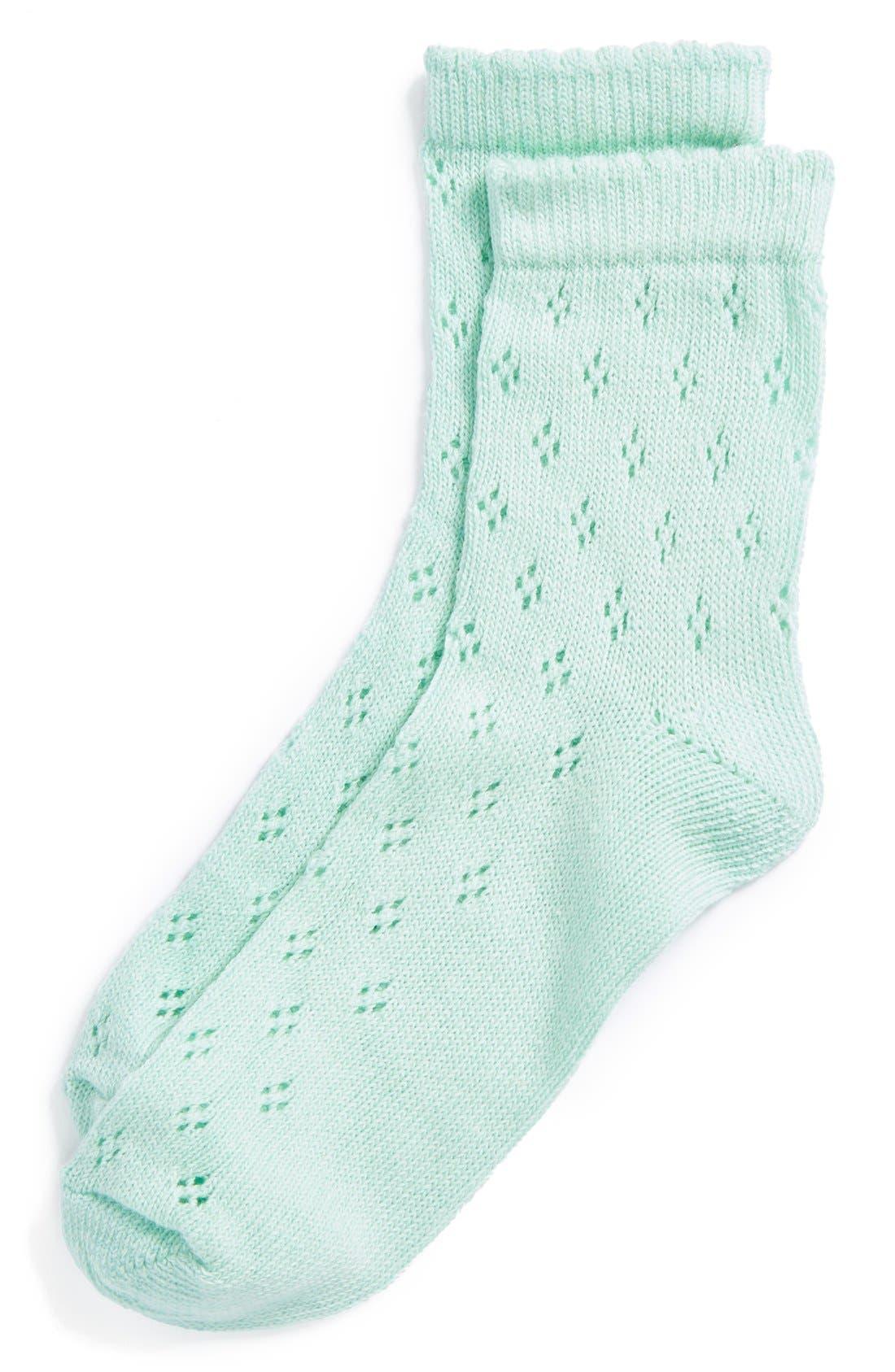 Main Image - Topshop Diamond Pointelle Ankle Socks