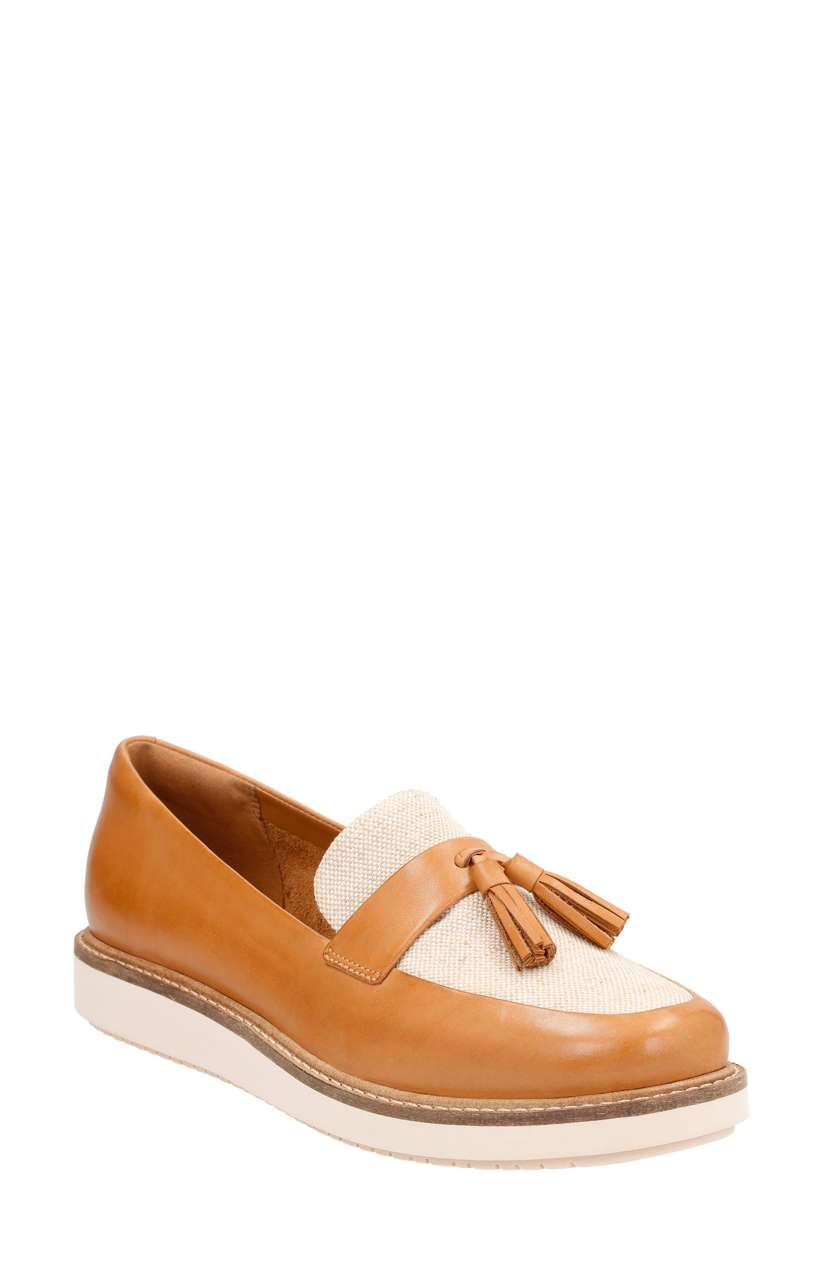 Glick Castine Tassel Loafer,                             Main thumbnail 1, color,                             Light Tan Leather