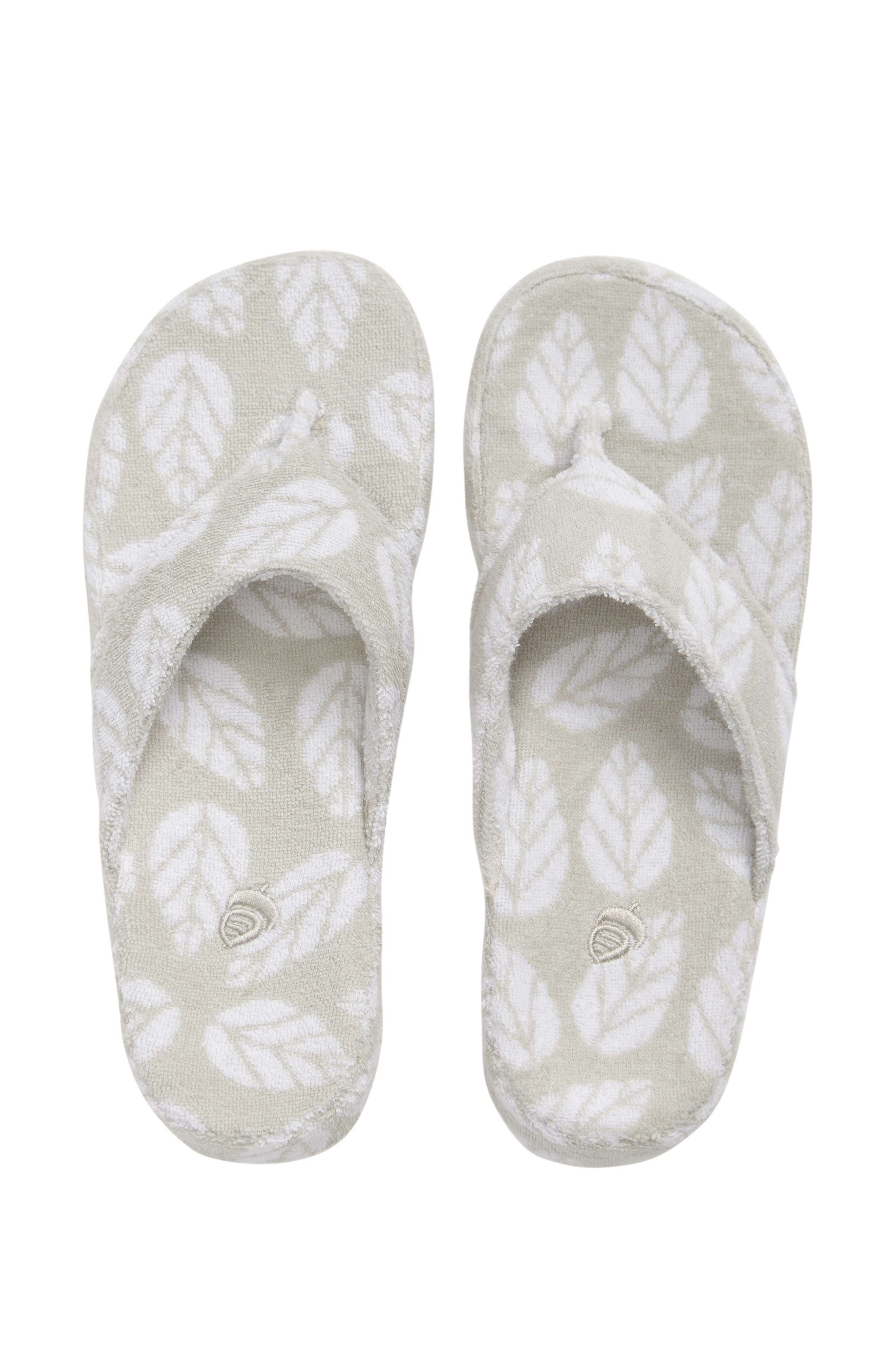 Alternate Image 1 Selected - Acorn Summerweight Spa Slipper (Women)