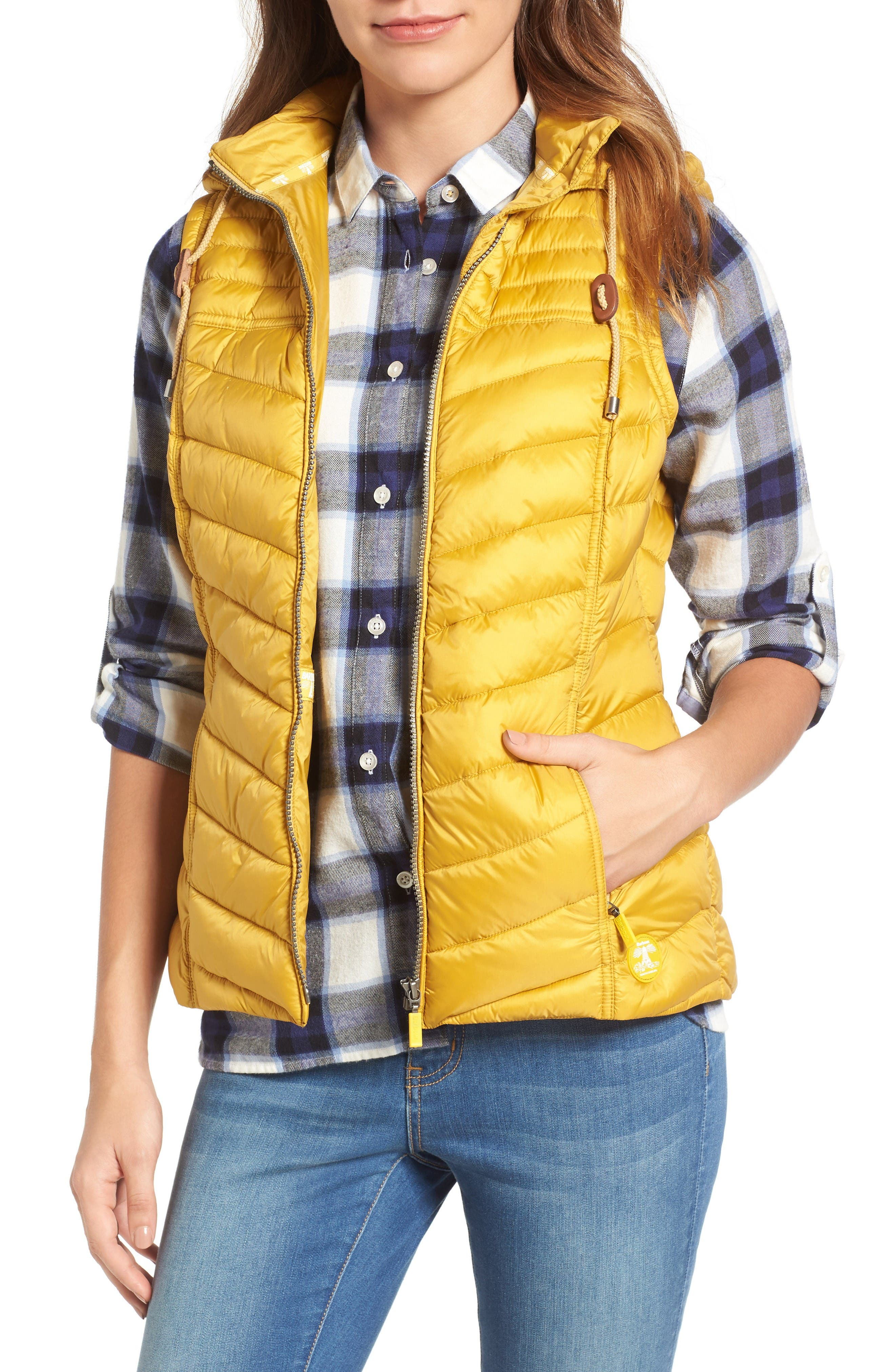 Barbour Lowmoore Quilted Hooded Vest