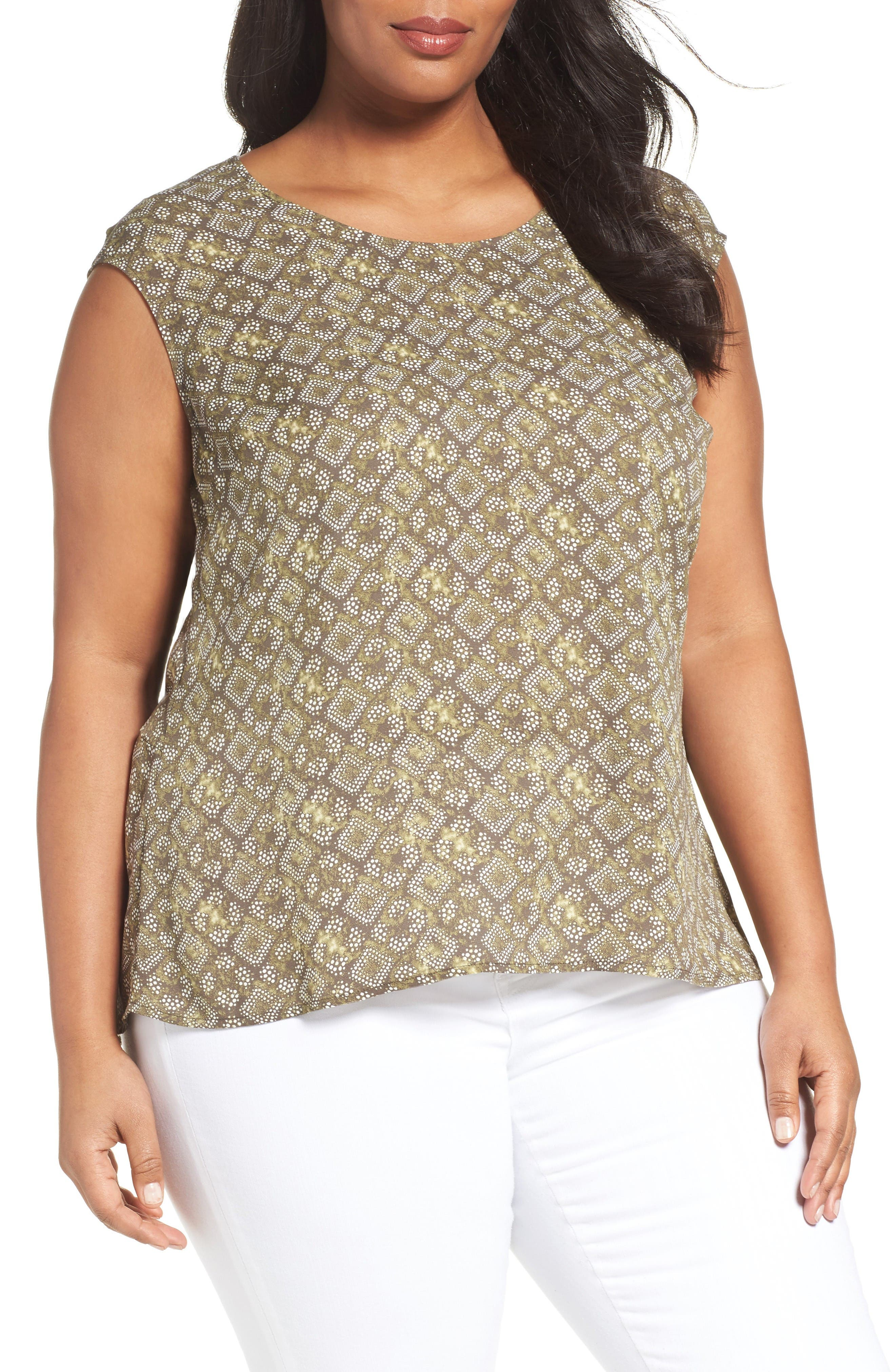 SEJOUR V-Neck Back Blouse