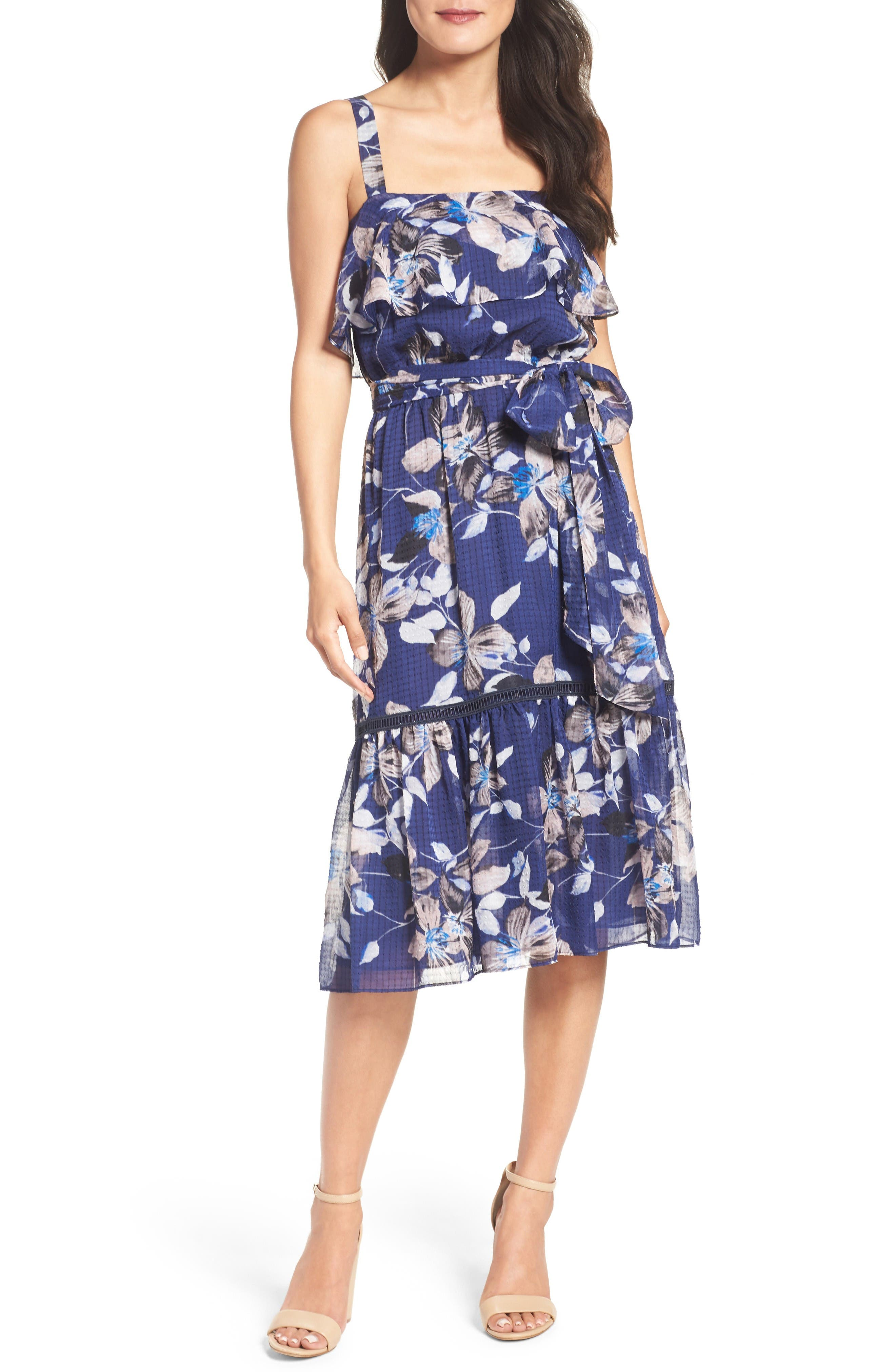Eliza J Chiffon Dress (Regular & Petite)