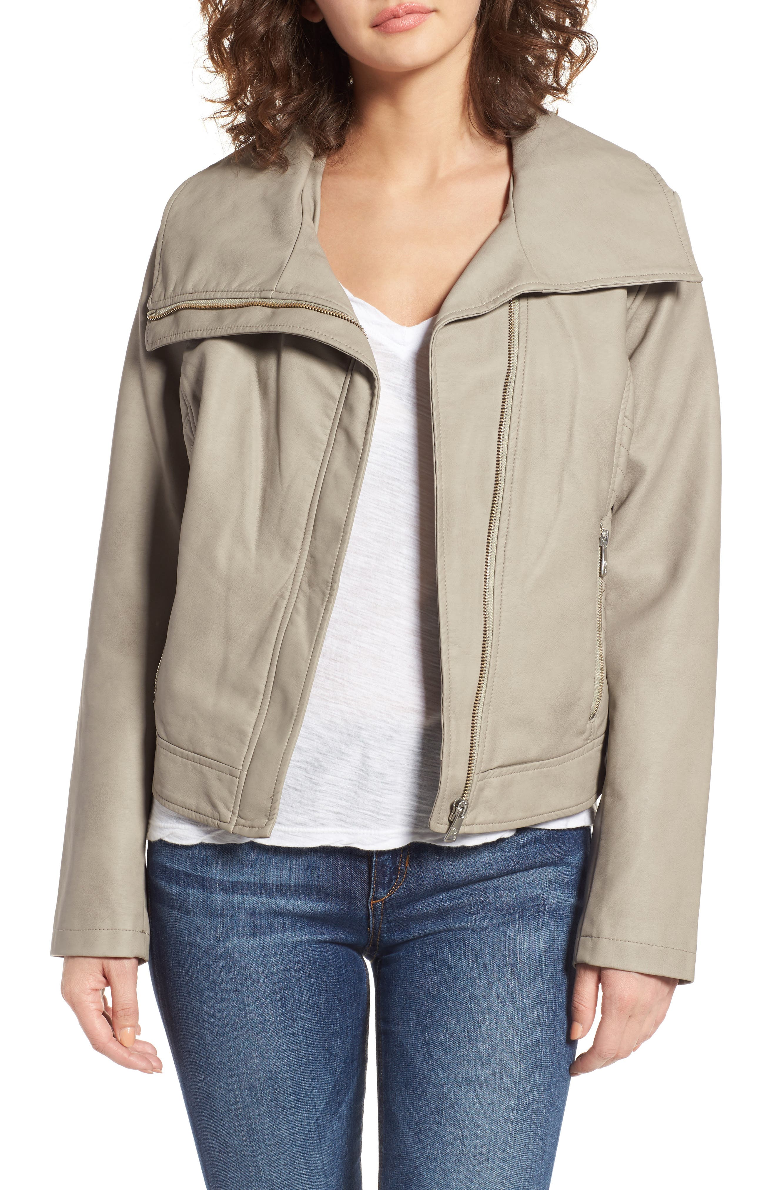 Bernardo Wing Collar Faux Leather Moto Jacket