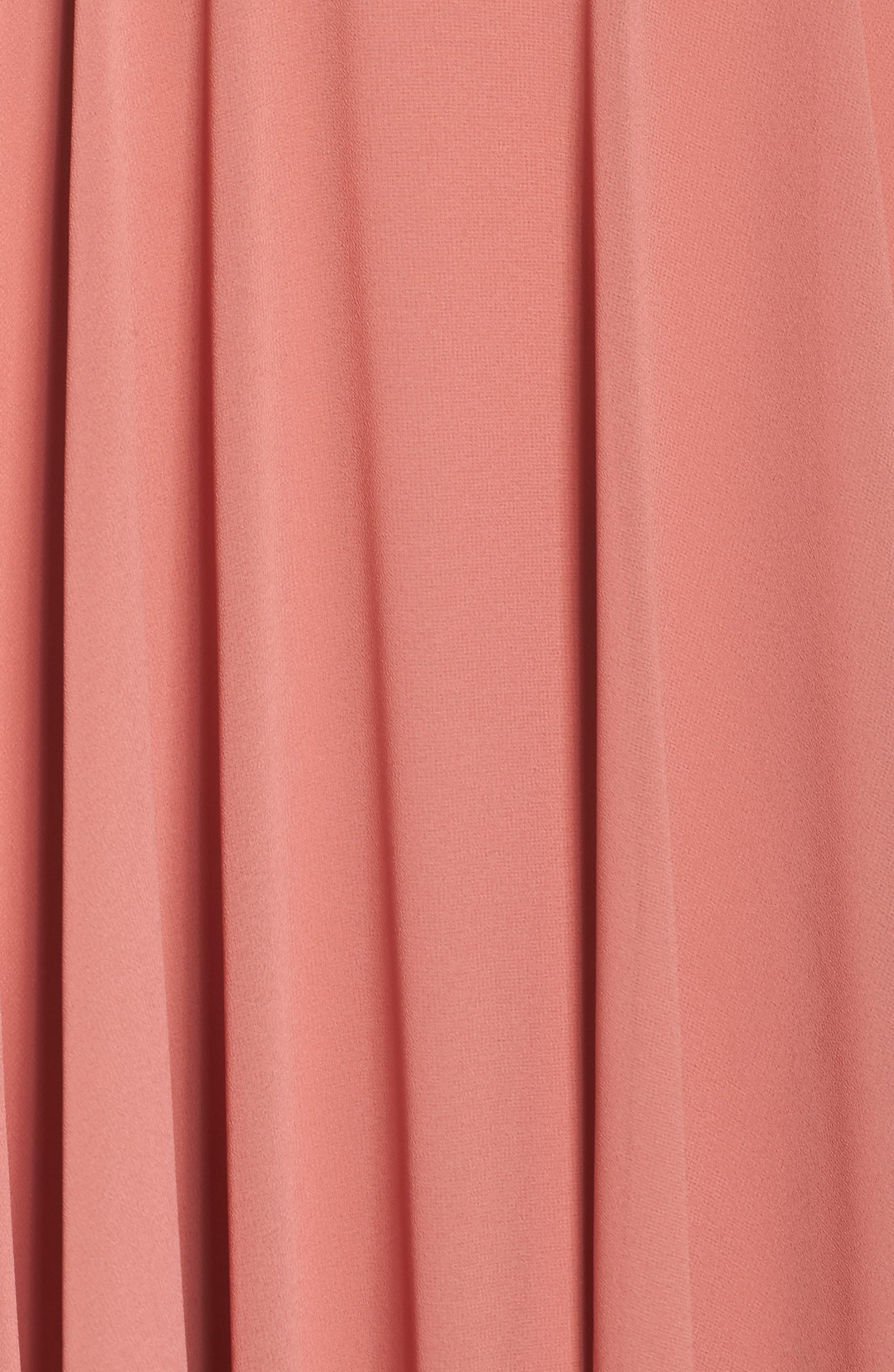 Alternate Image 5  - Lulus V-Neck Chiffon Gown