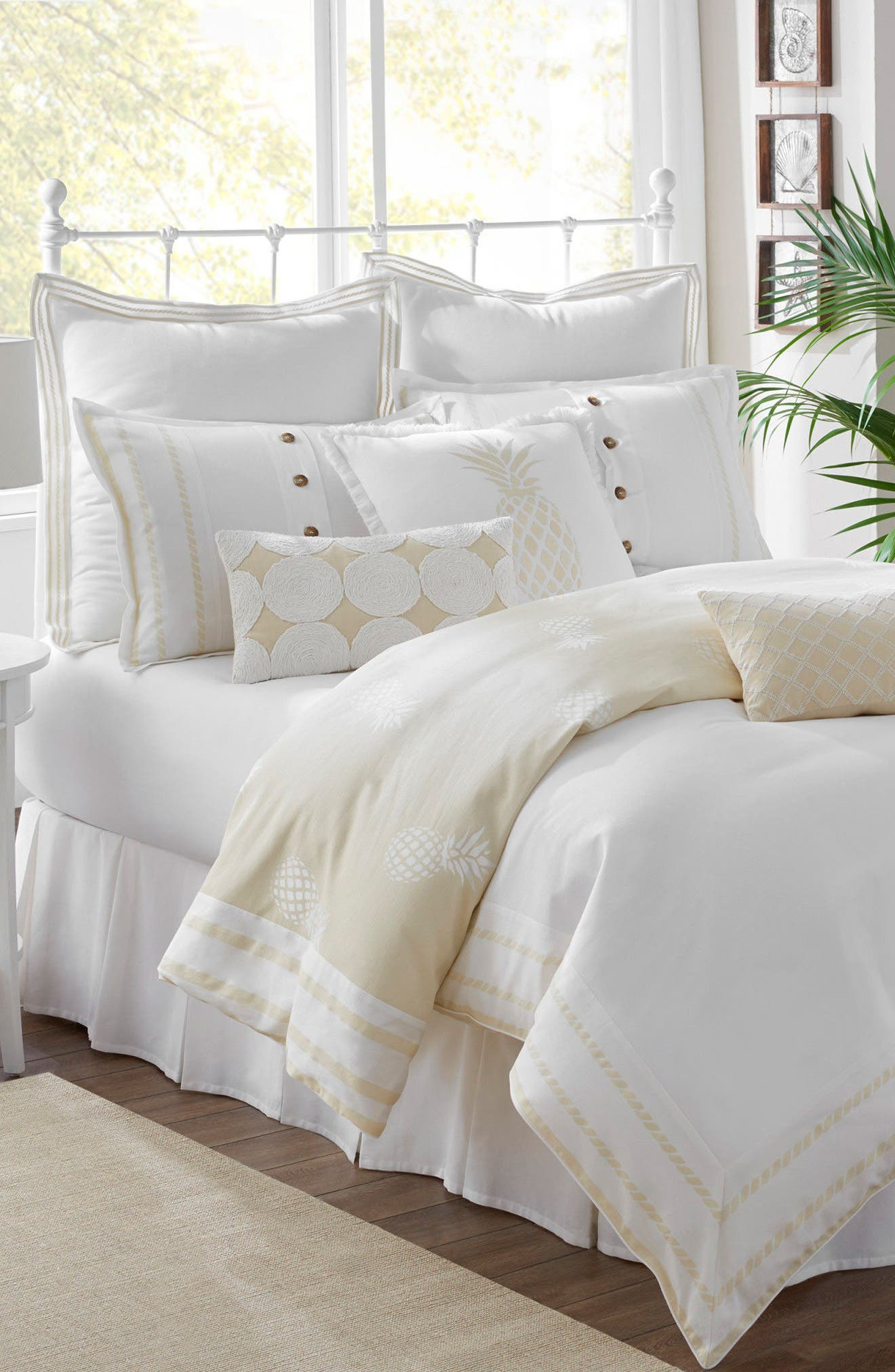 Alternate Image 1 Selected - Southern Tide Southern Hospitality Comforter, Sham & Bed Skirt Set