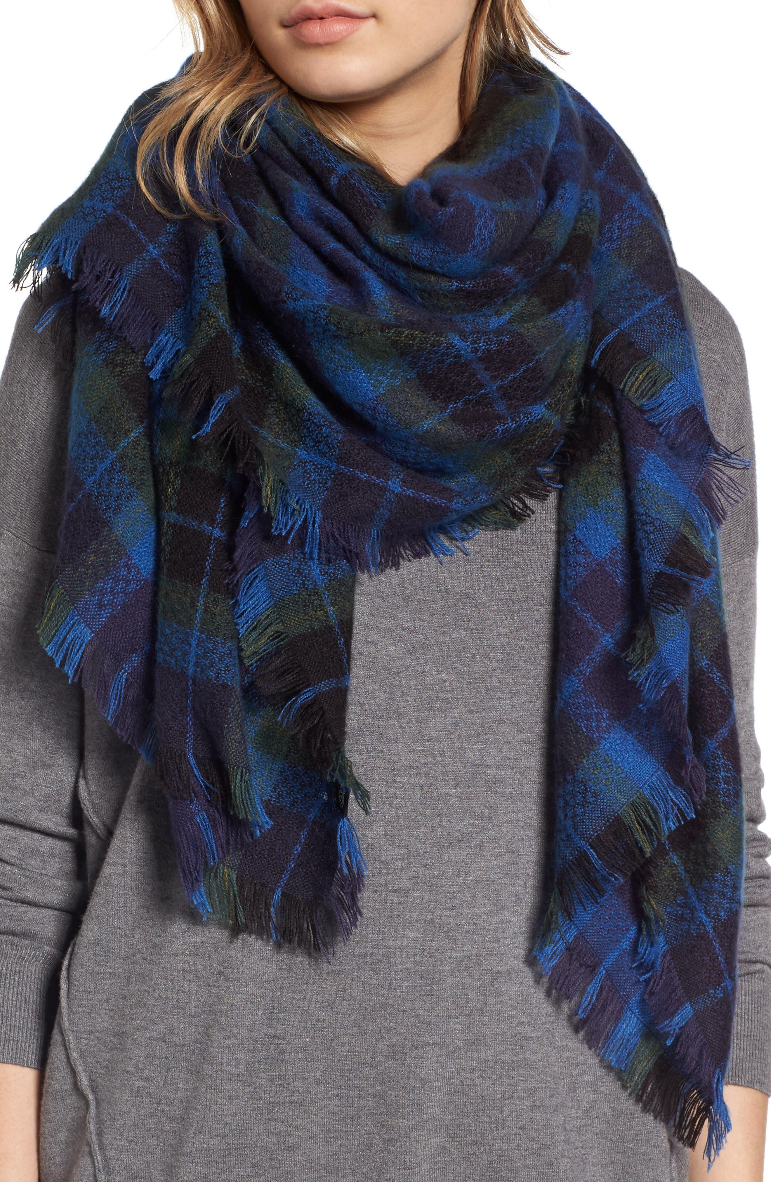 TREASURE & BOND Plaid Blanket Wrap