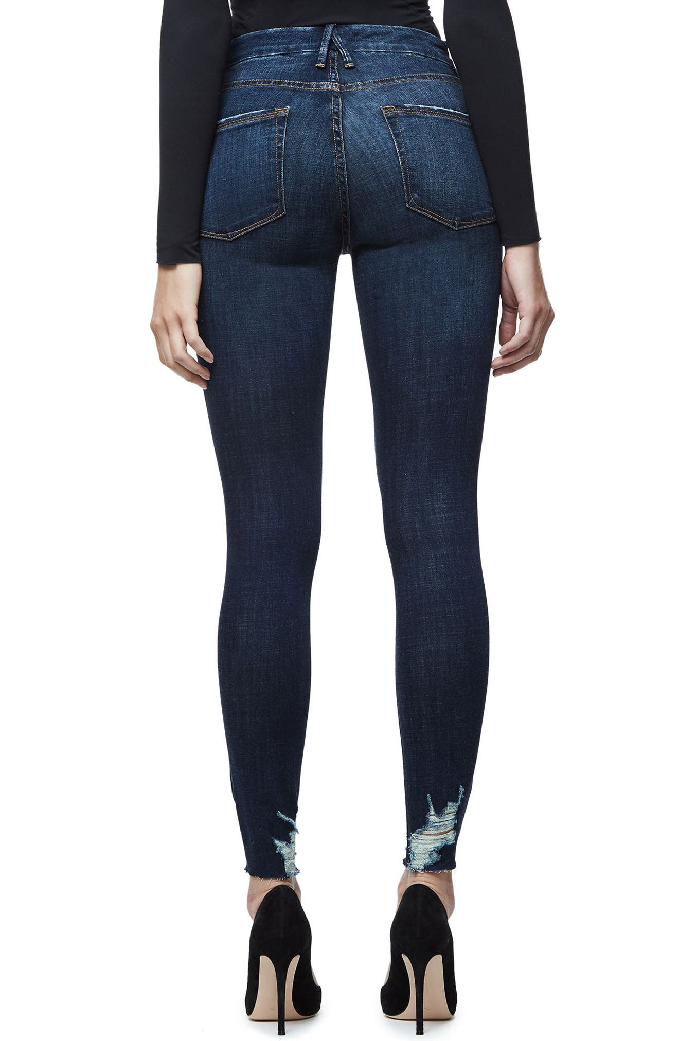 Alternate Image 2  - Good American Good Legs Raw Hem Skinny Jeans (Blue 080) (Extended Sizes)