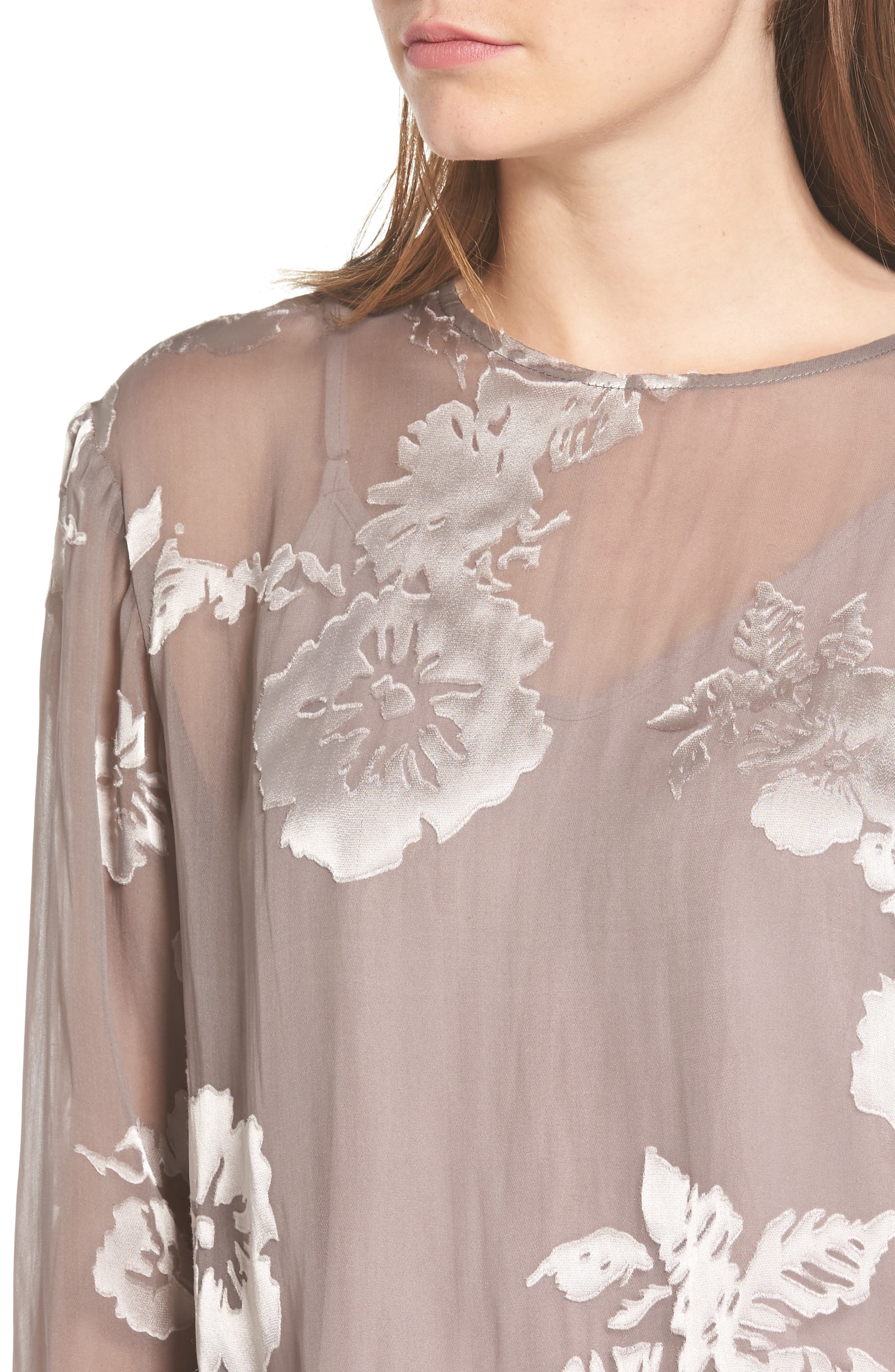 Alternate Image 6  - ASTR the Label Tara Floral Print Top