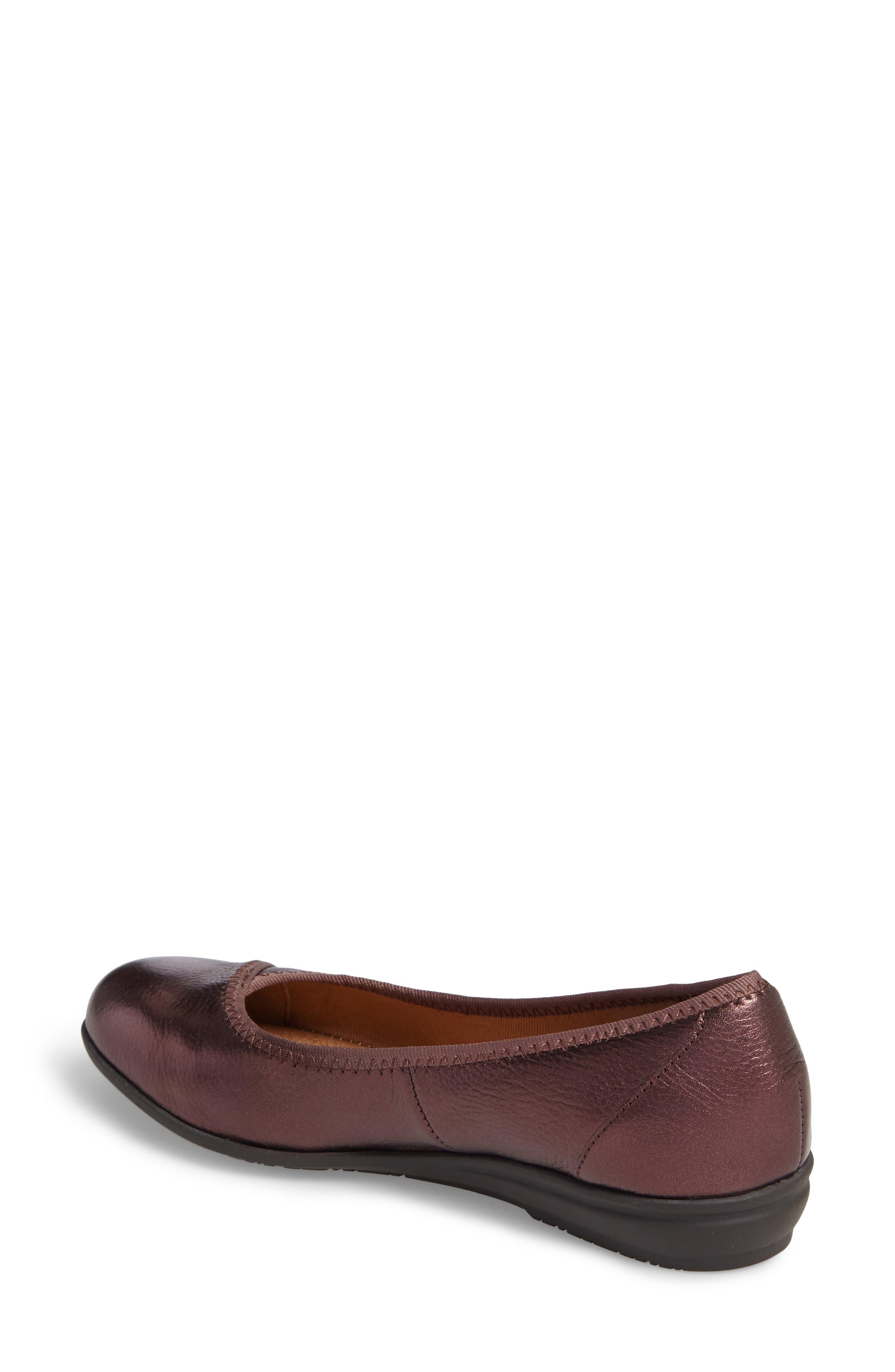 Eaton Flat,                             Alternate thumbnail 2, color,                             Chianti Metallic Leather