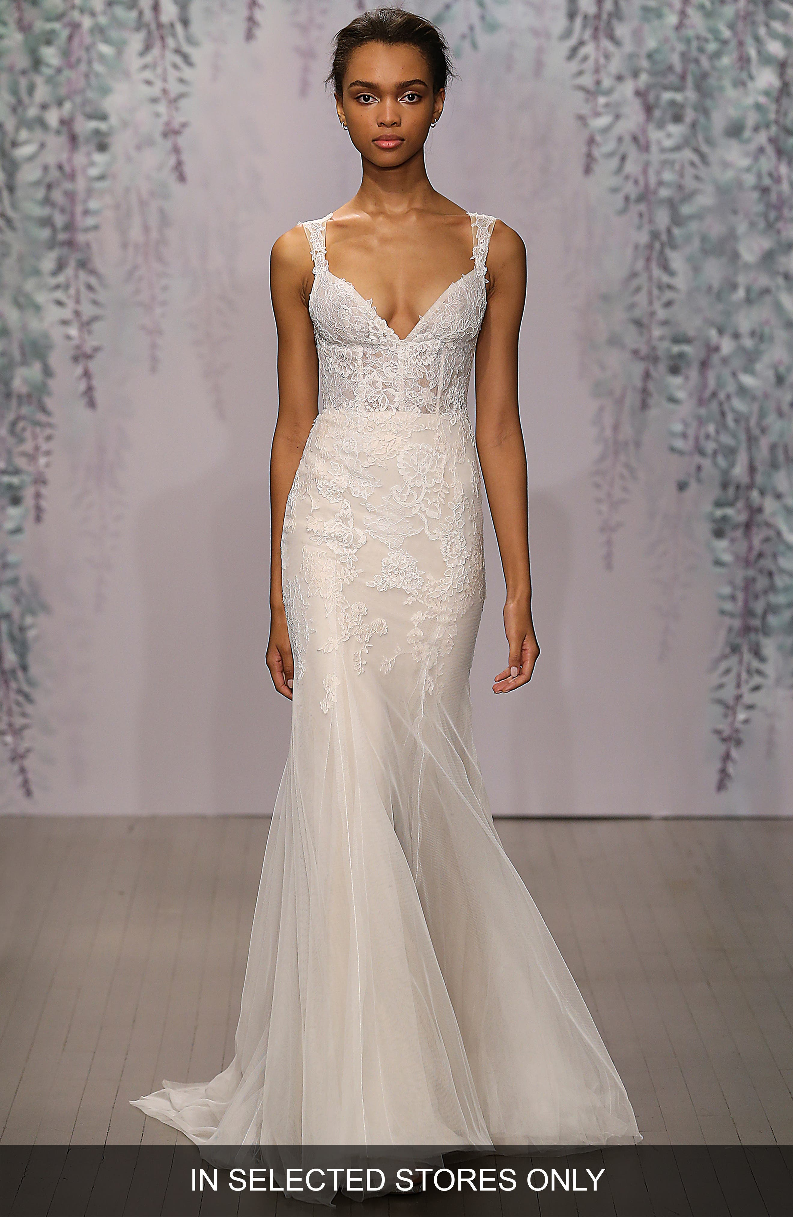 Monique Lhuillier 'Dulce' V-Neck Lace Tulle Sheath Dress (In Stores Only)