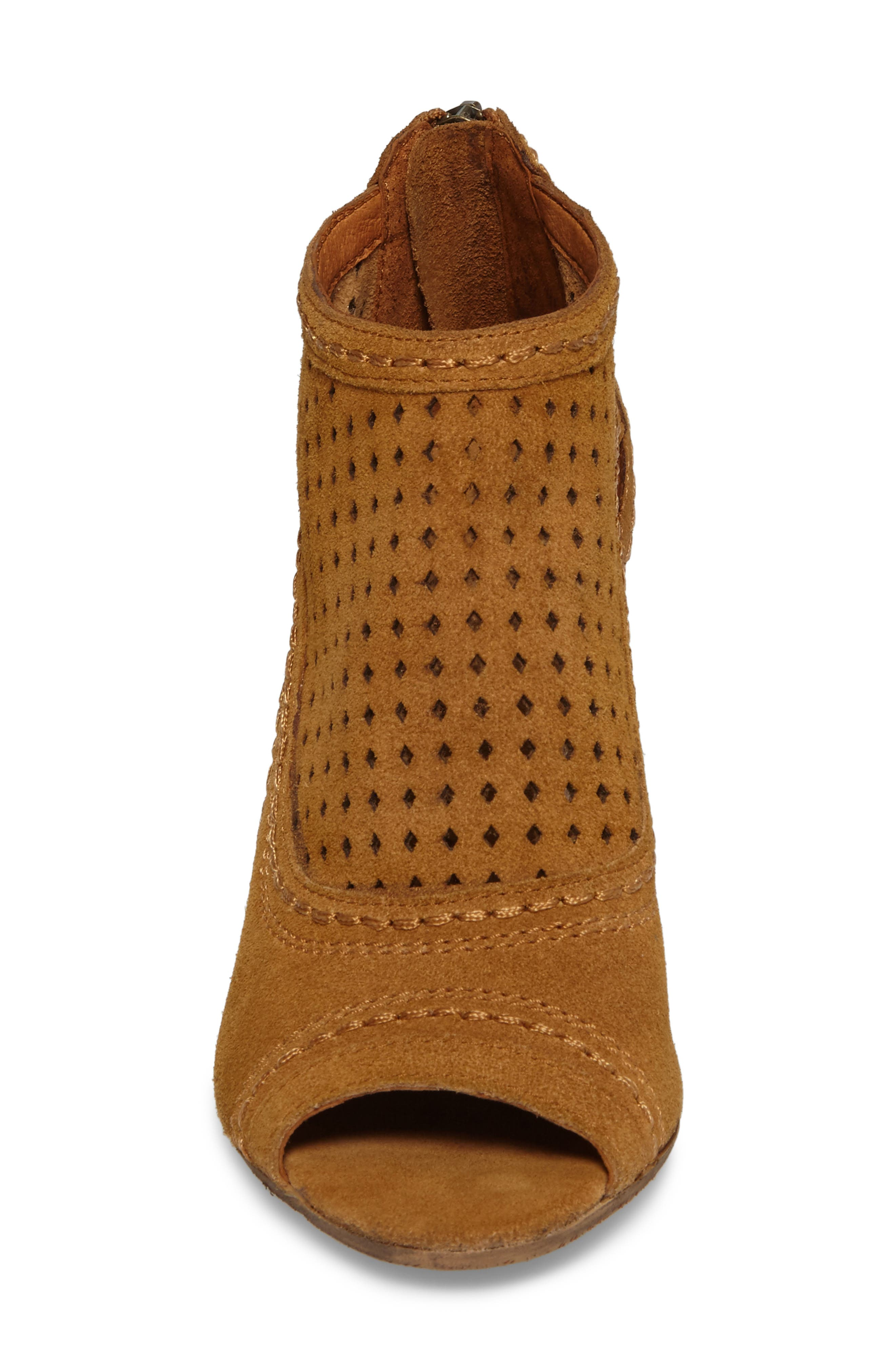 Sharon Perforated Wedge Sandal,                             Alternate thumbnail 4, color,                             Sandcastle Suede