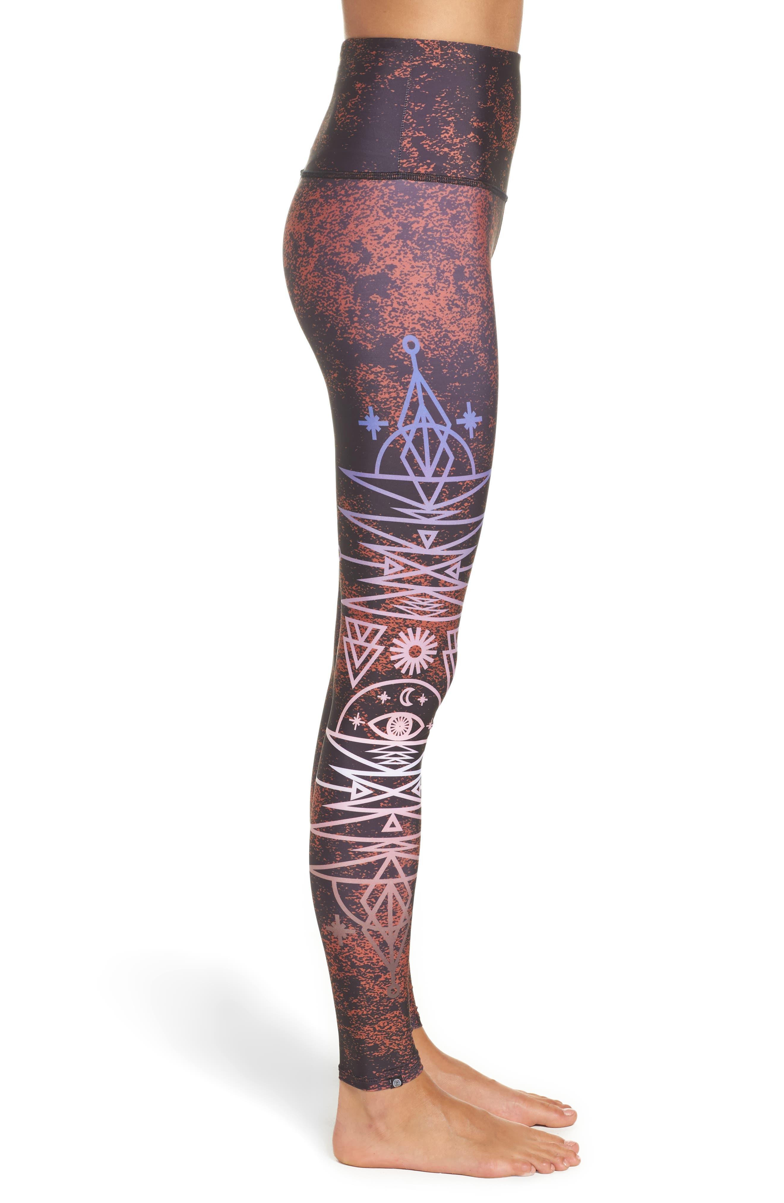 Alternate Image 3  - Onzie Graphic High Rise Leggings