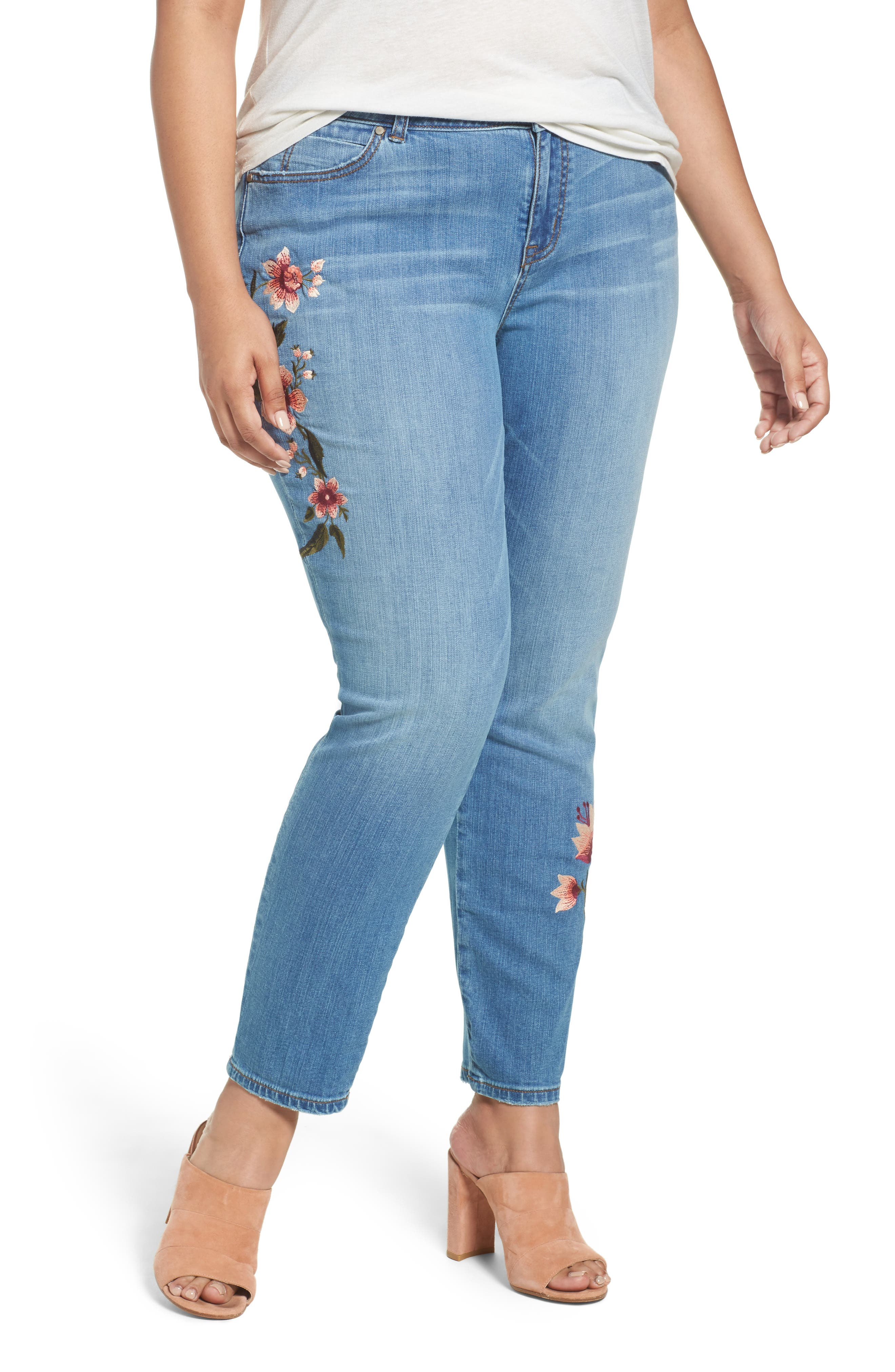 Caslon® Embroidered Skinny Jeans (Plus Size)