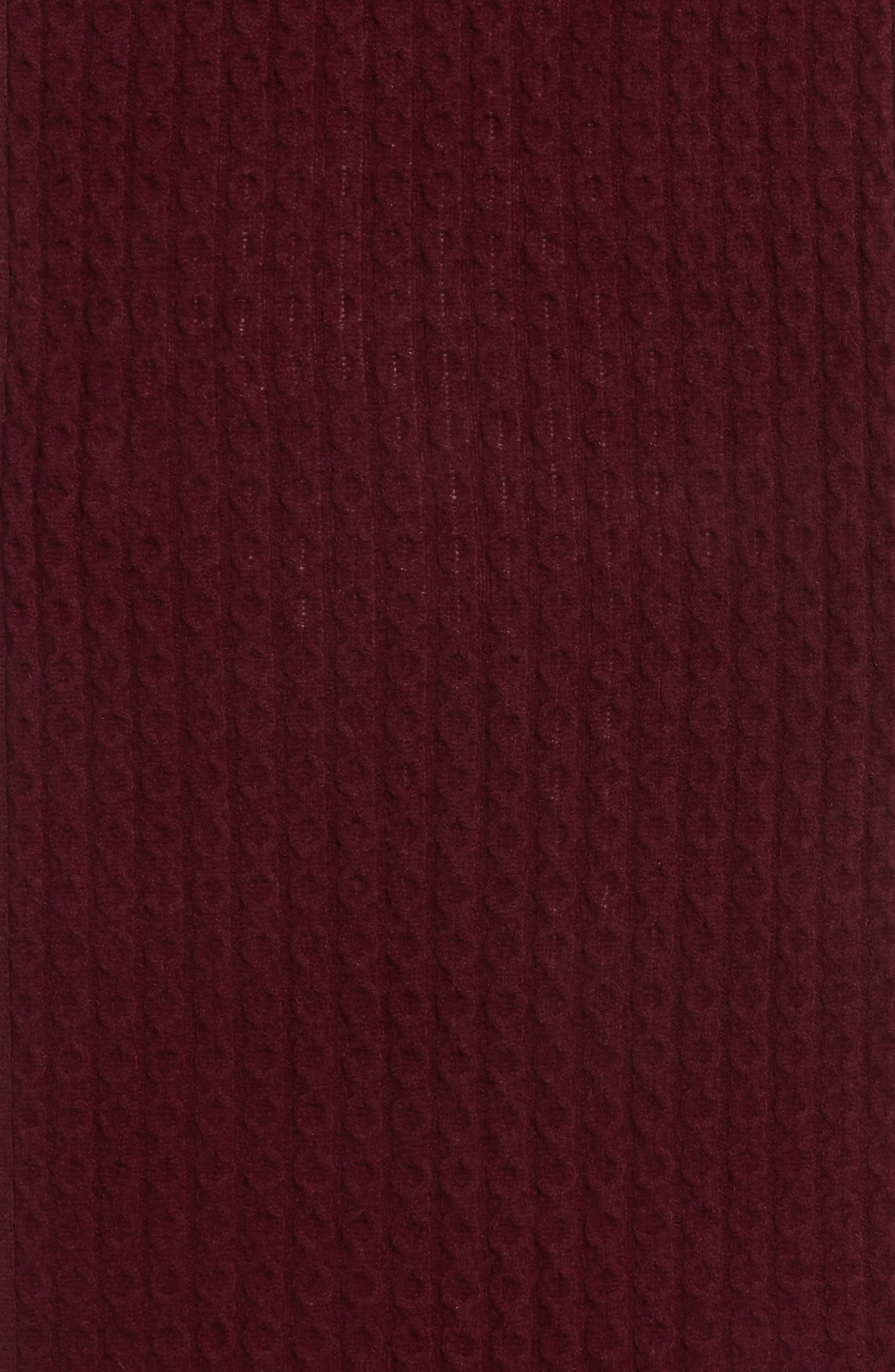 Alternate Image 4  - Halogen® Cable Knit Cashmere Scarf