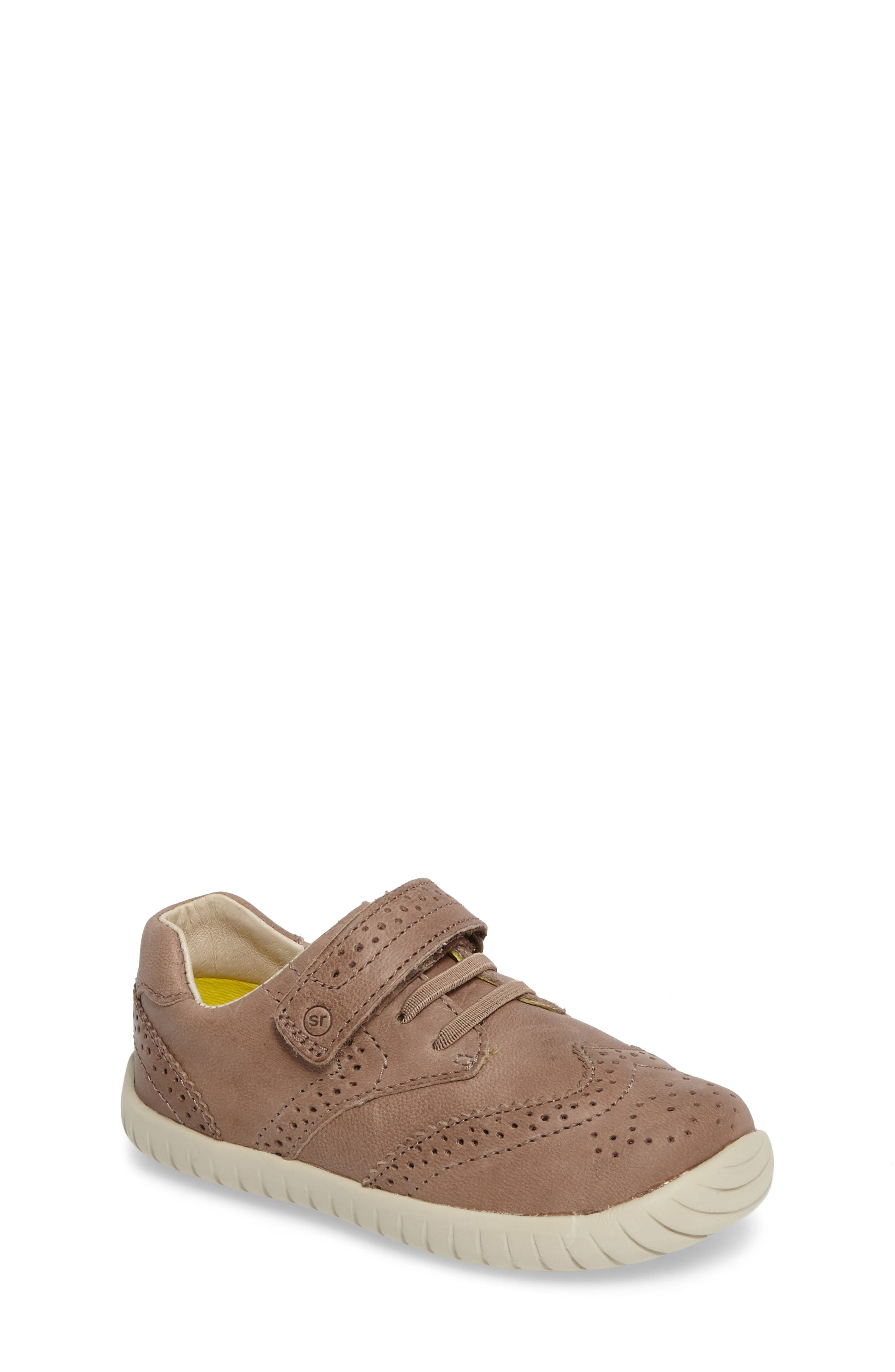 Stride Rite Addison Wingtip Sneaker (Baby, Walker & Toddler)