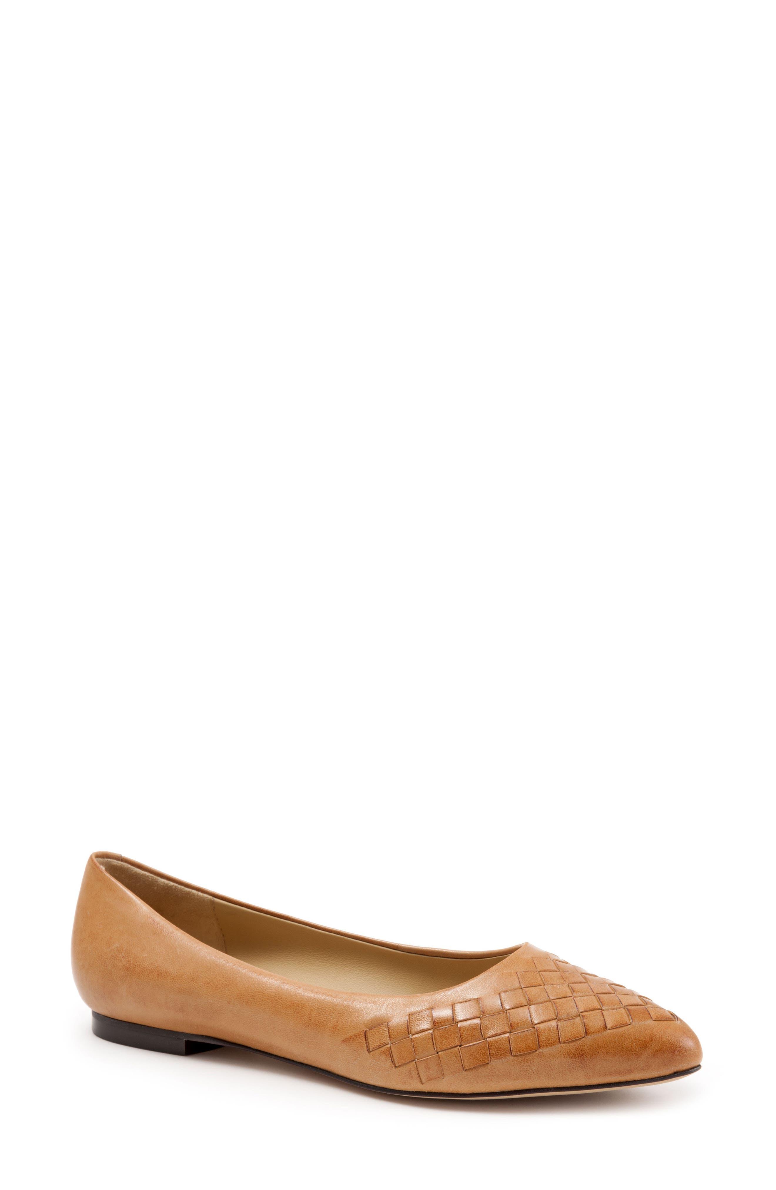Trotters Estee Pointed Toe Flat (Women)