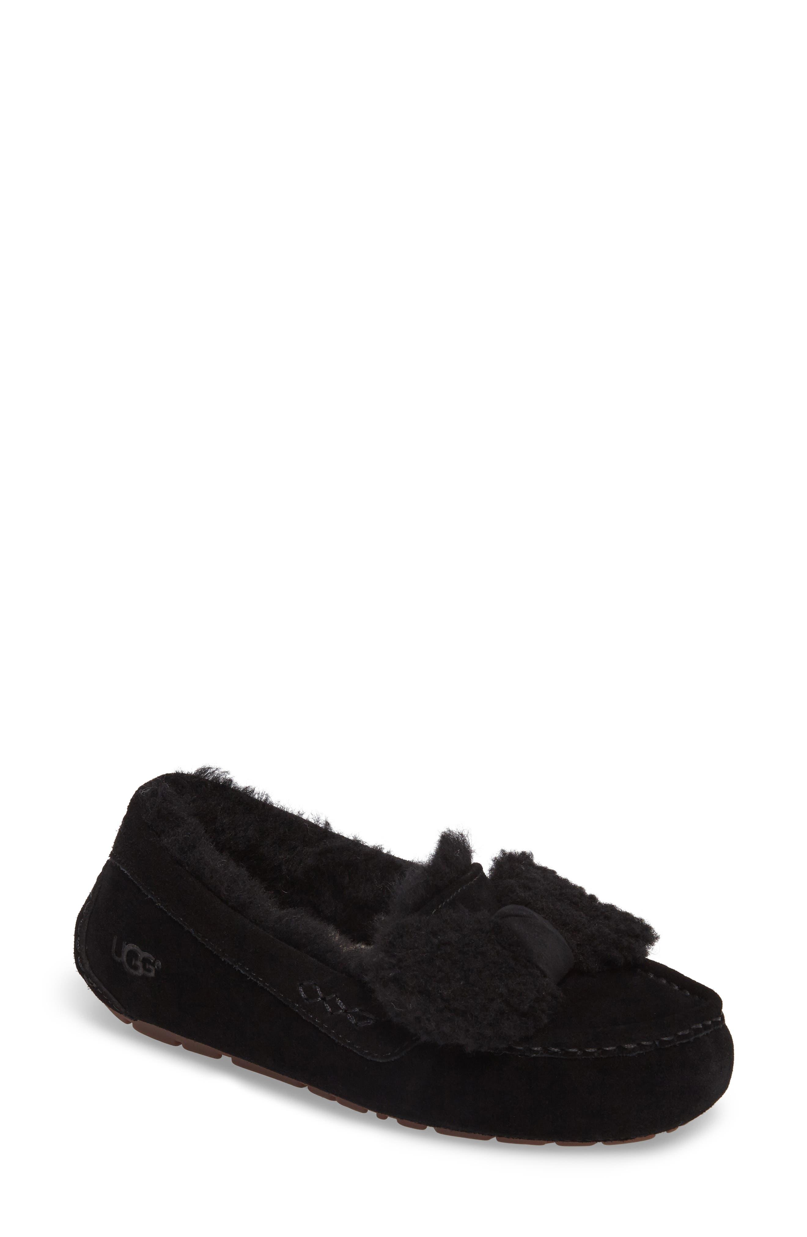 Alternate Image 1 Selected - UGG® Ansley Bow Slipper