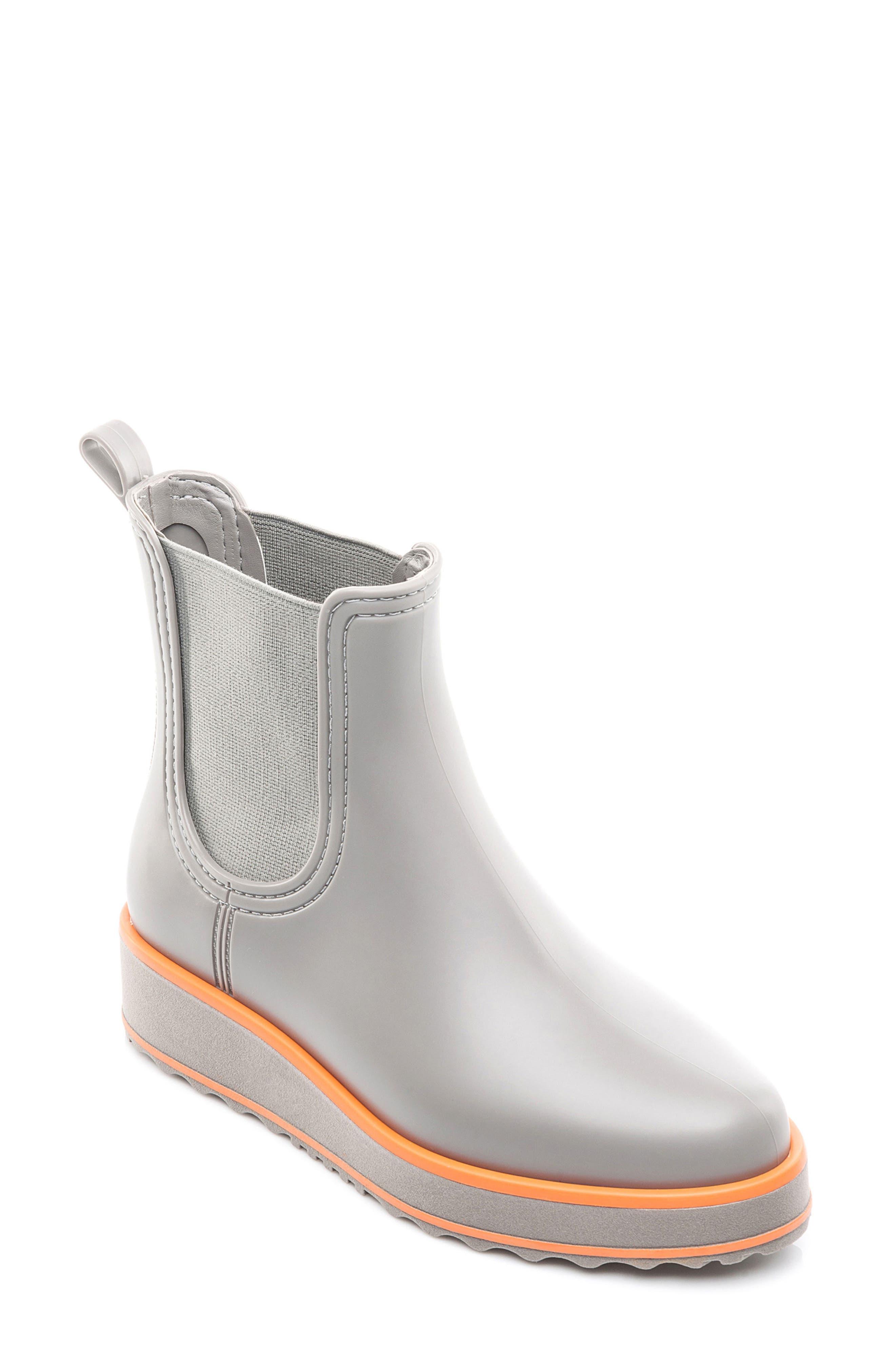 Alternate Image 1 Selected - Bernardo Footwear Wila Rain Boot (Women)