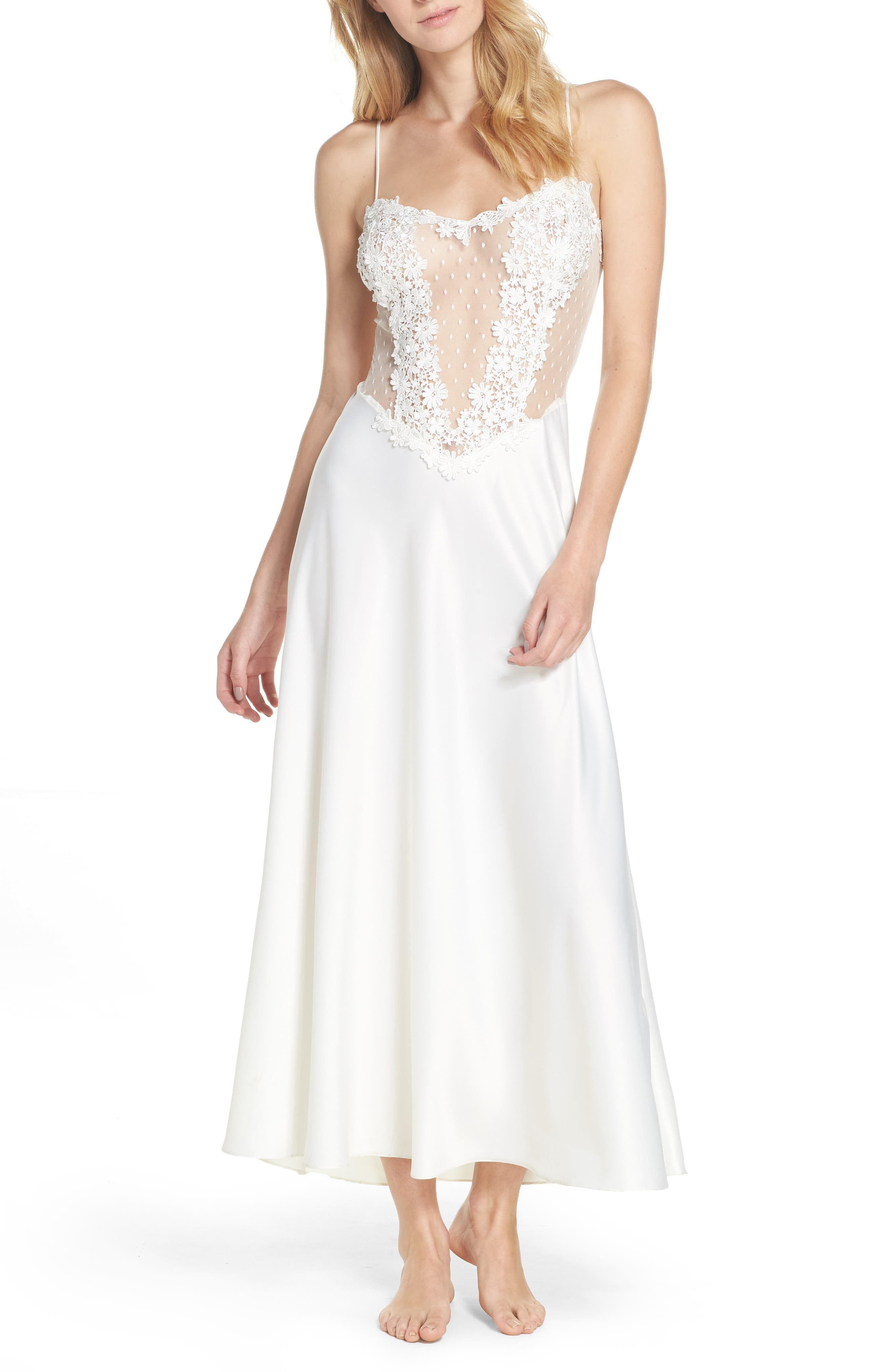 Main Image - Flora Nikrooz Showstopper Nightgown