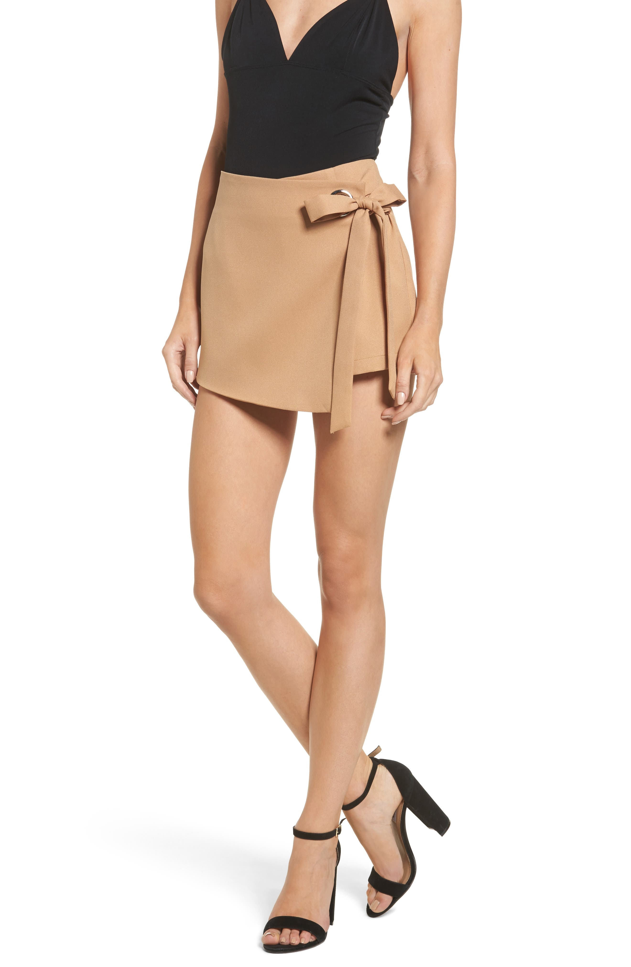 Alternate Image 1 Selected - STOREE Grommet Mini Skort