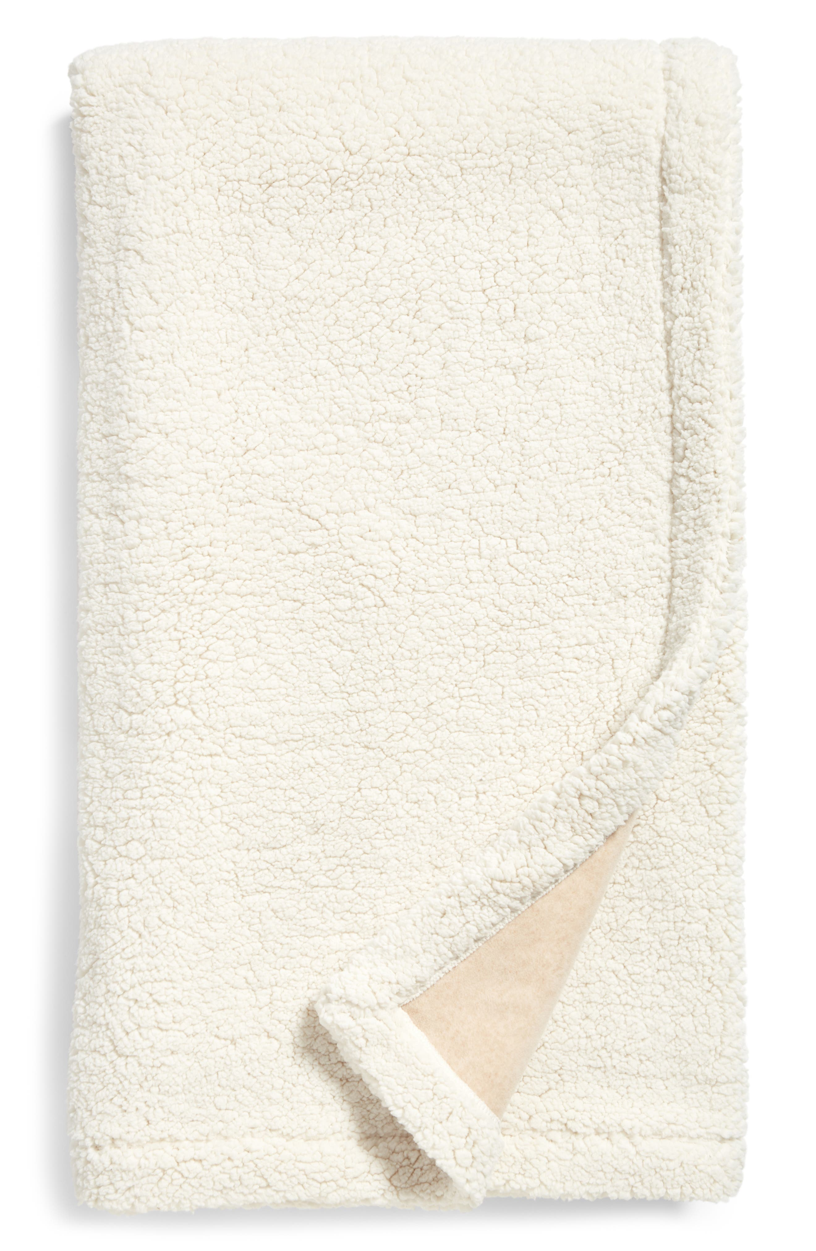 Nordstrom at Home Fleece Throw