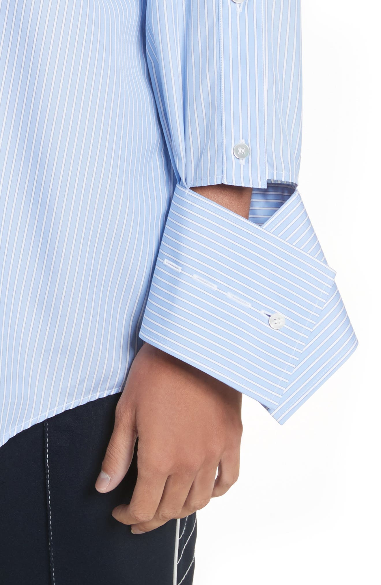 Cutaway Sleeve Cotton Poplin Shirt,                             Alternate thumbnail 4, color,                             Blue / White