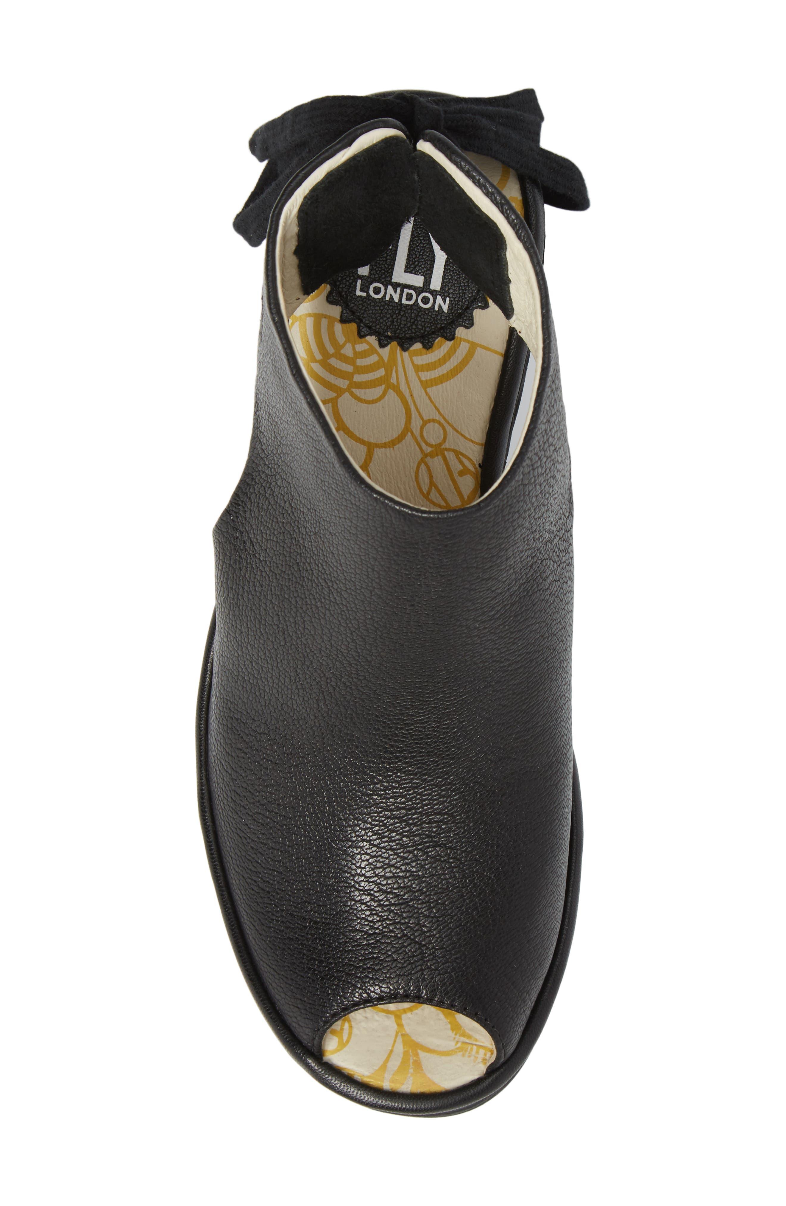 Yuzu Wedge Sandal,                             Alternate thumbnail 5, color,                             Black Mousse Leather