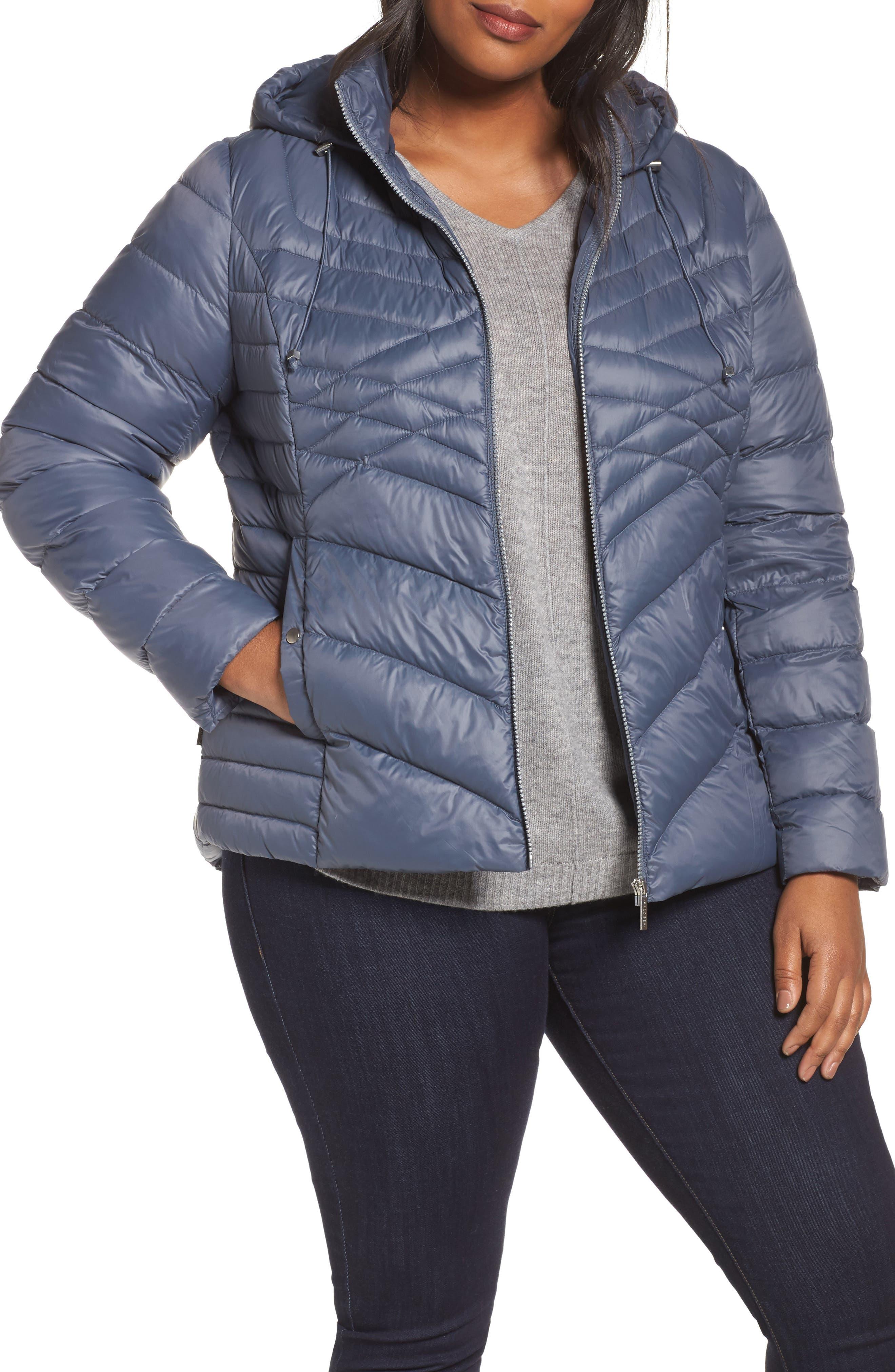 Alternate Image 1 Selected - Halogen® Hooded Down Blend Puffer Jacket (Plus Size)