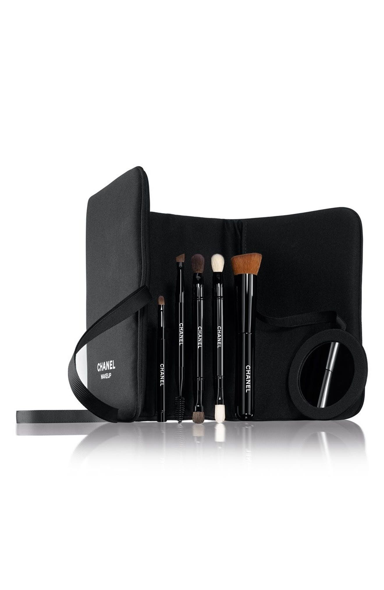 CHANEL BRUSH UP 