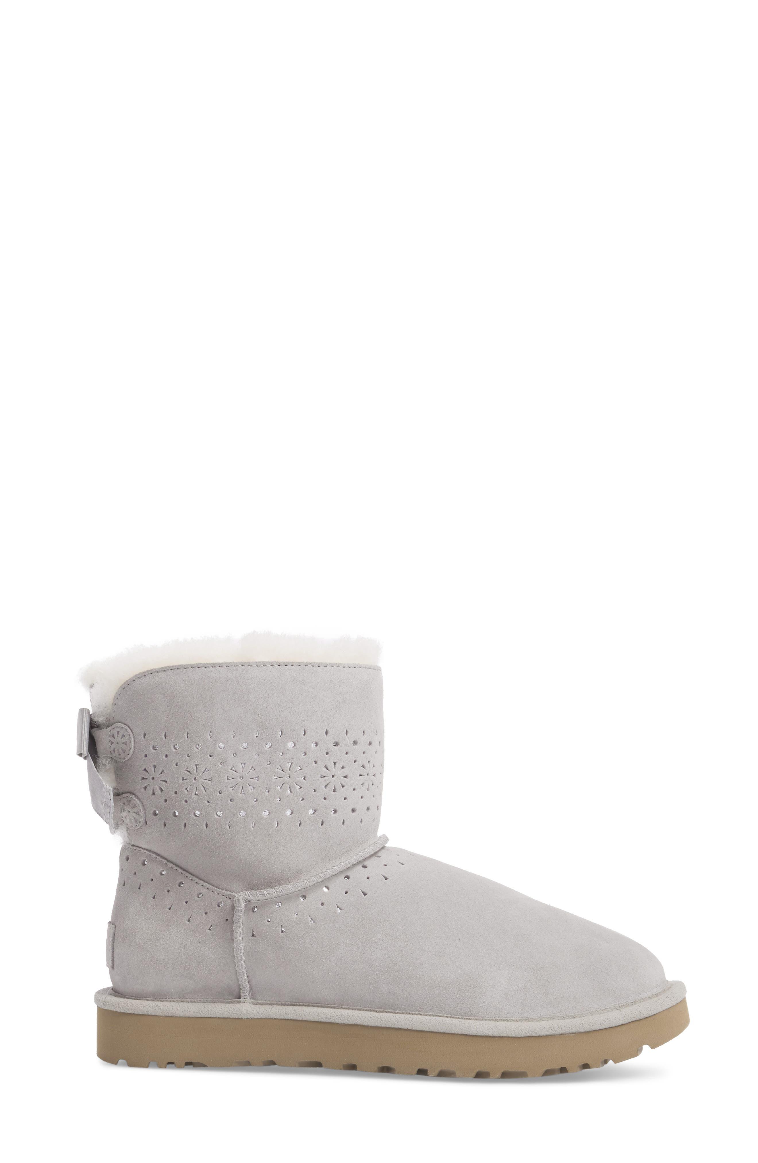Alternate Image 3  - UGG® Dae Sunshine Boot (Women)