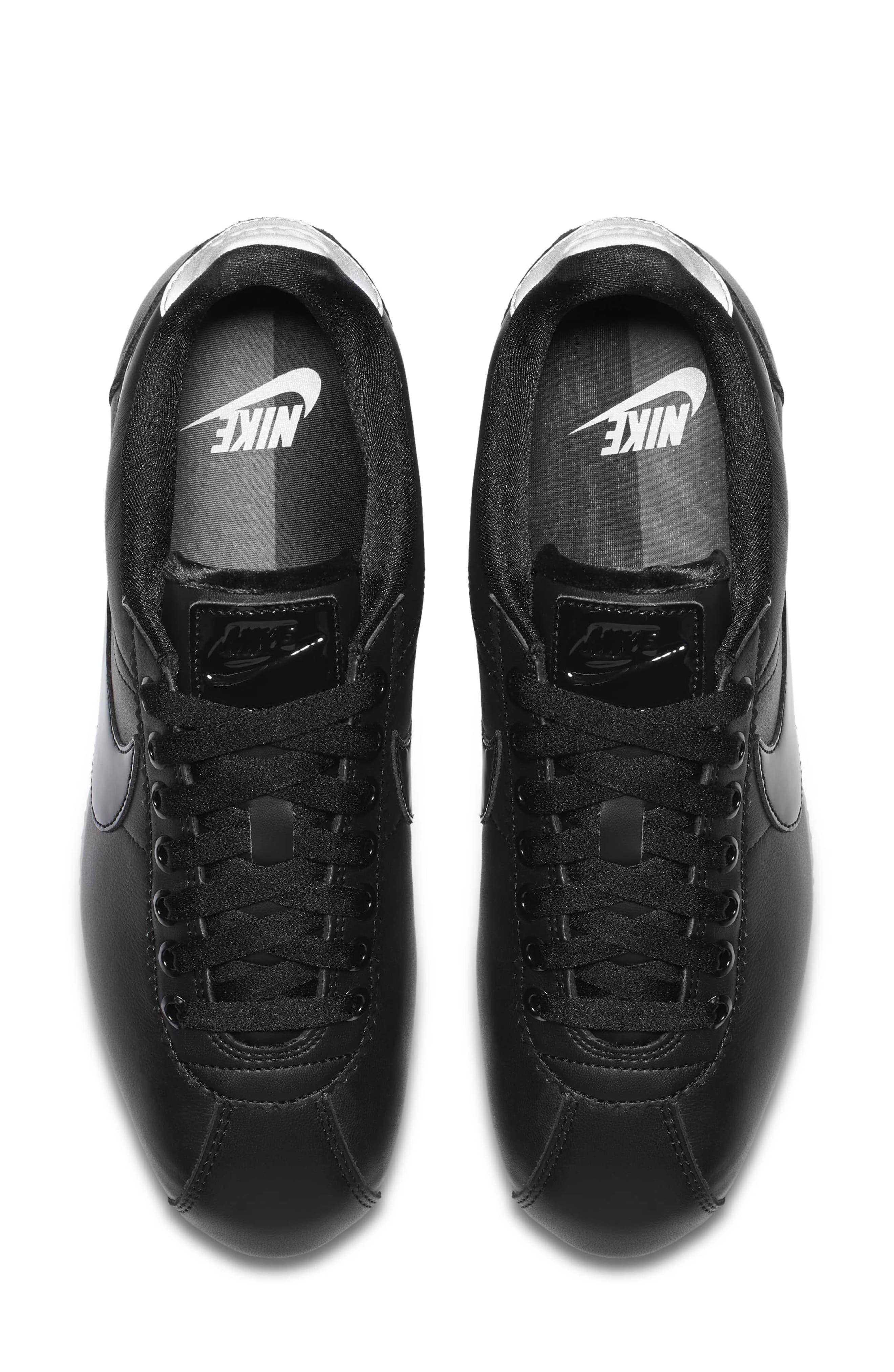 Classic Cortez SE Premium Sneaker,                             Alternate thumbnail 3, color,                             Black/ Black Reflect Silver
