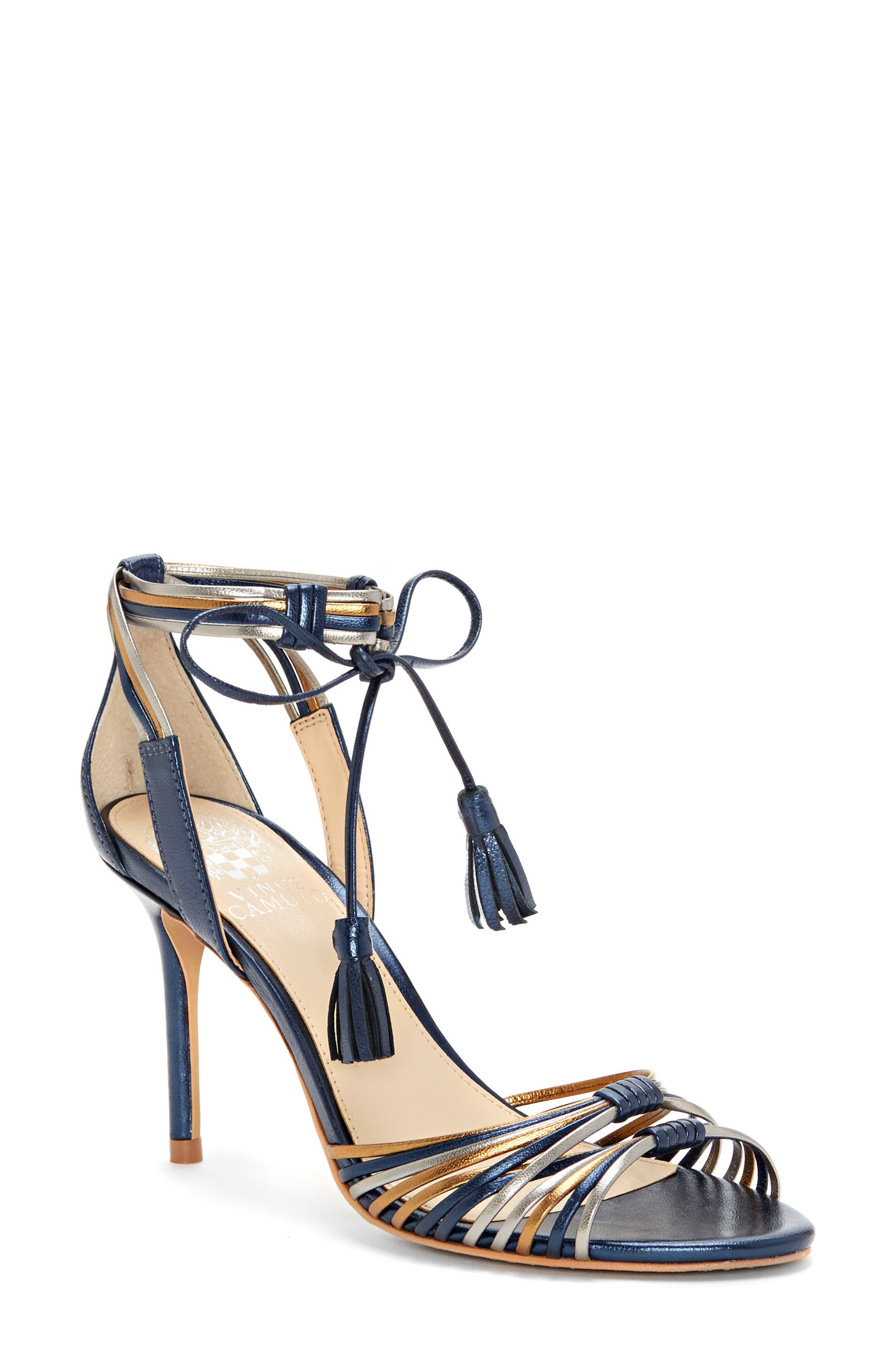 Delaney Low Heel Strappy Sandal WjDZbQUR
