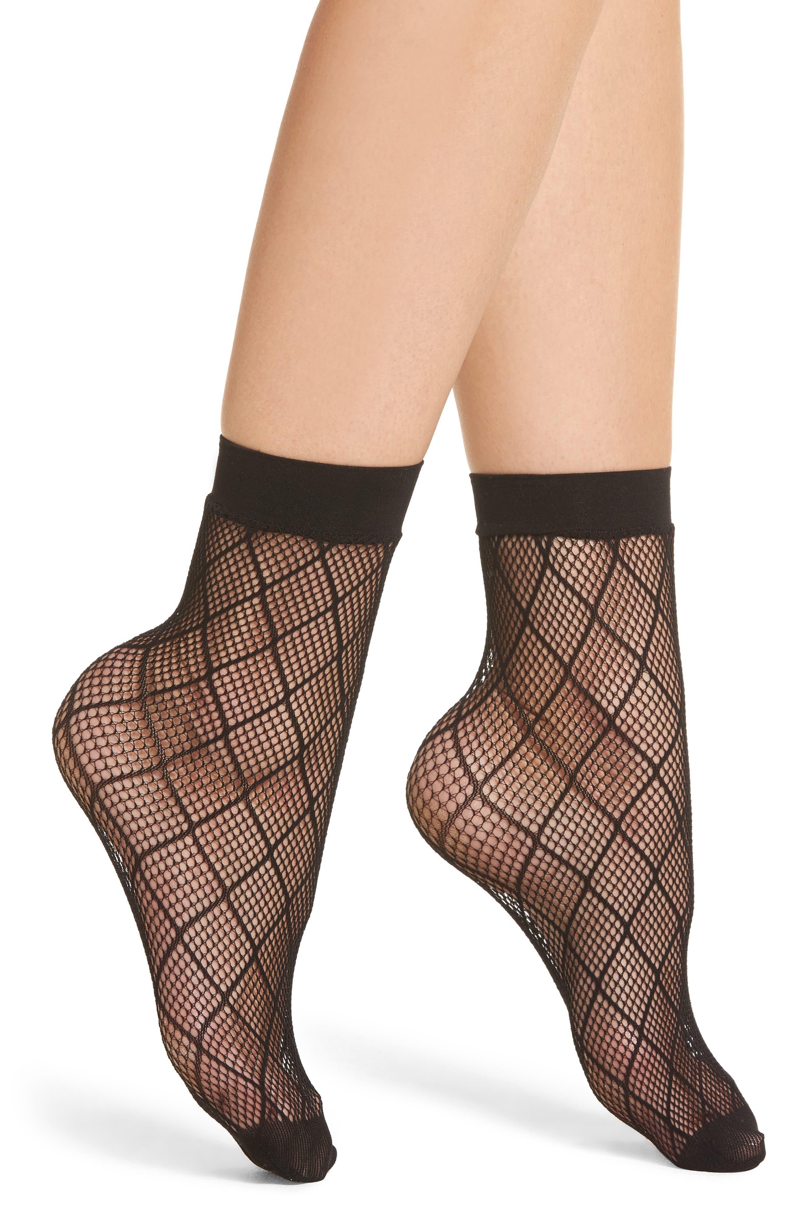 Diamond Fishnet Ankle Socks,                         Main,                         color, Black