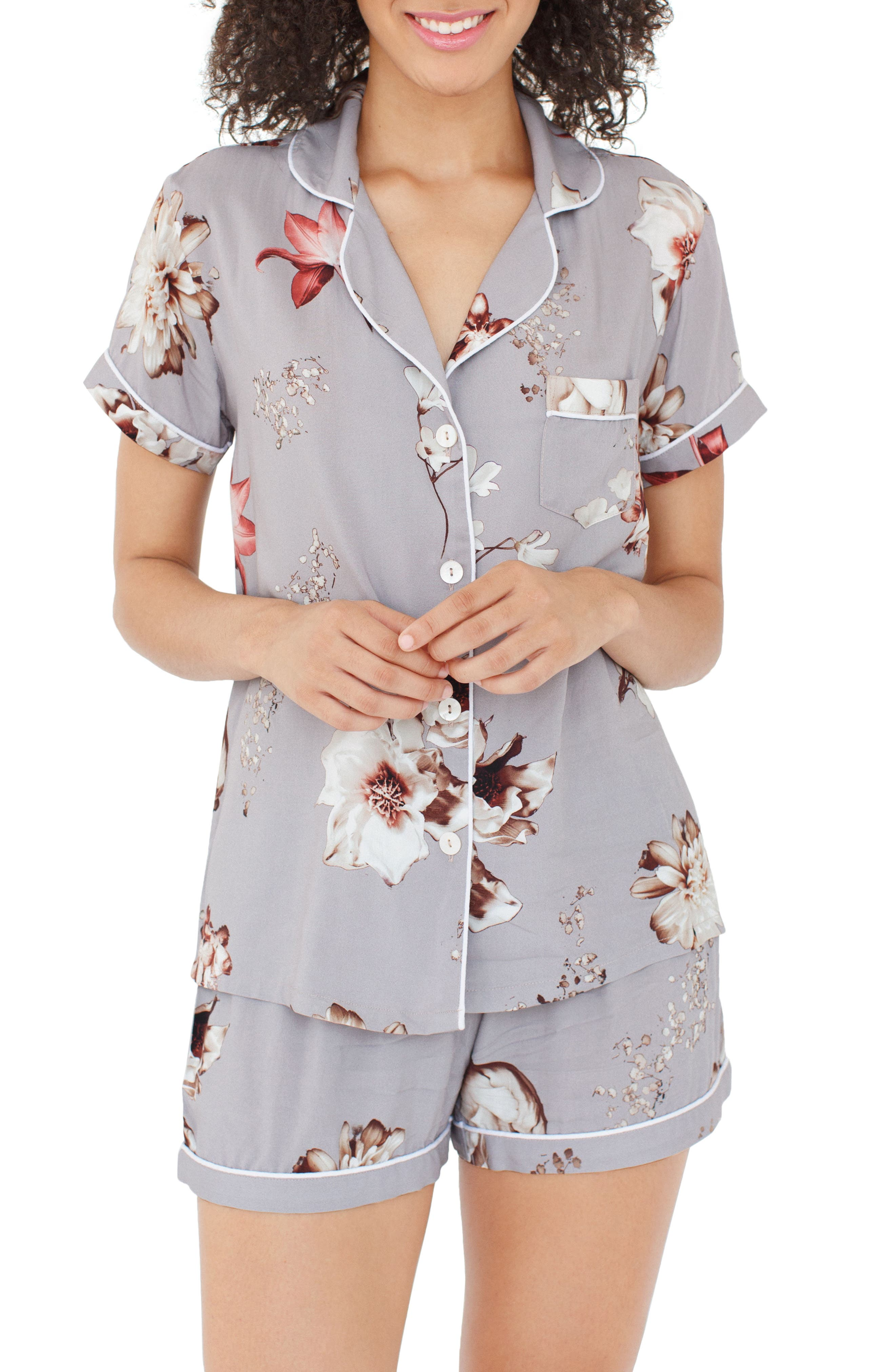Main Image - Plum Pretty Sugar Floral Short Pajamas