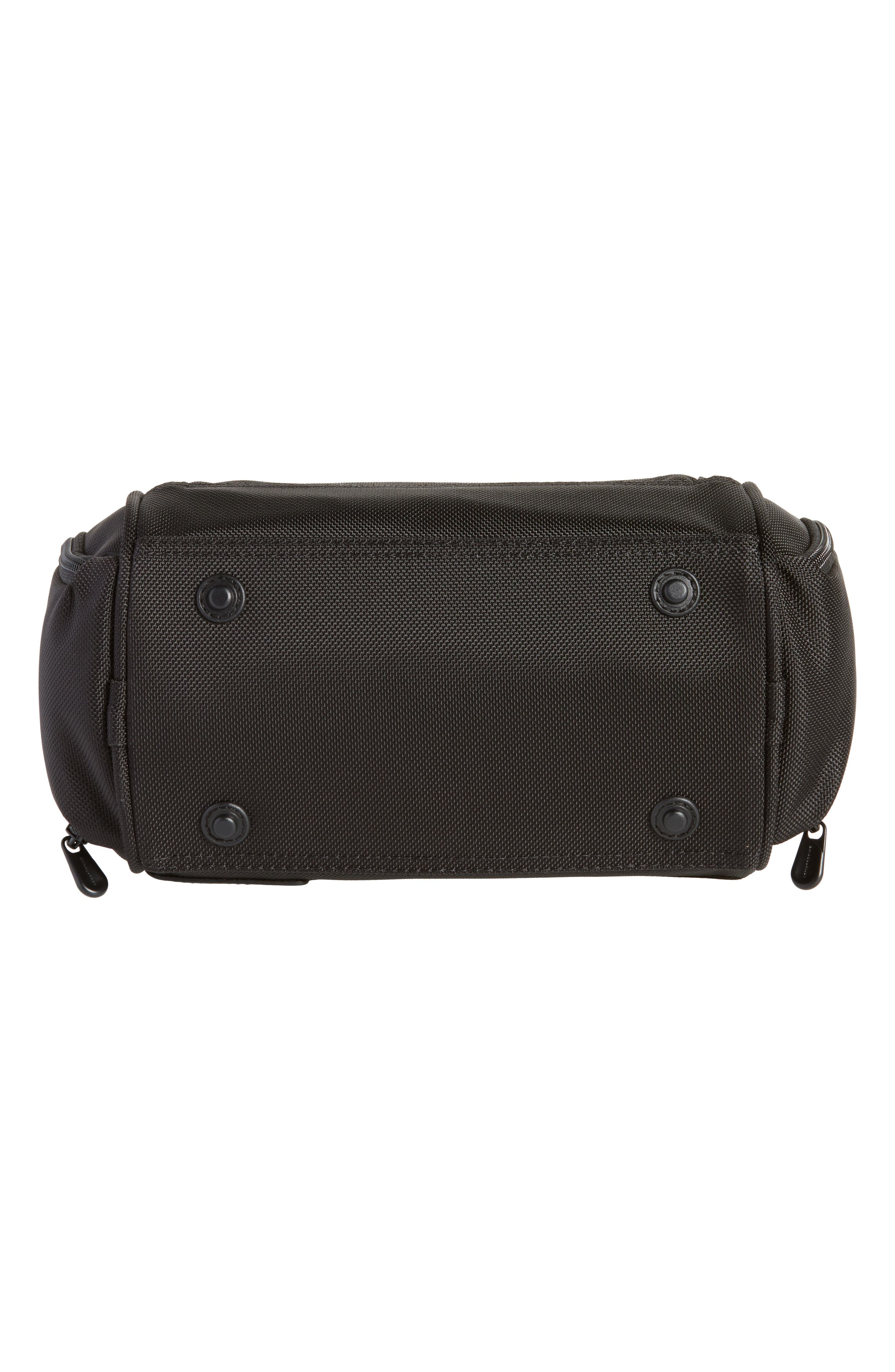 Alternate Image 5  - Briggs & Riley Baseline - Executive Toiletry Kit