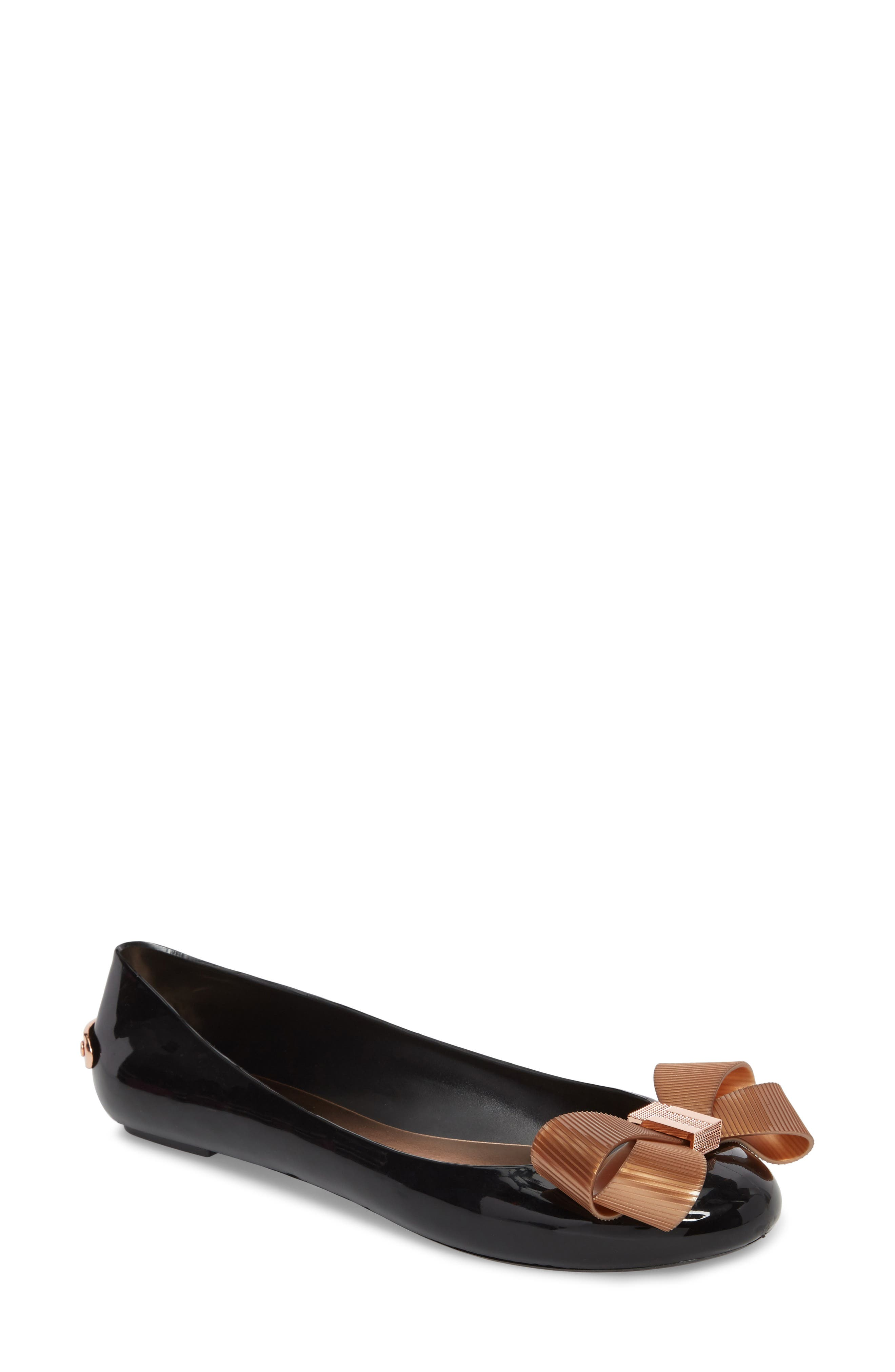 Larmiar Flat,                             Main thumbnail 1, color,                             Black