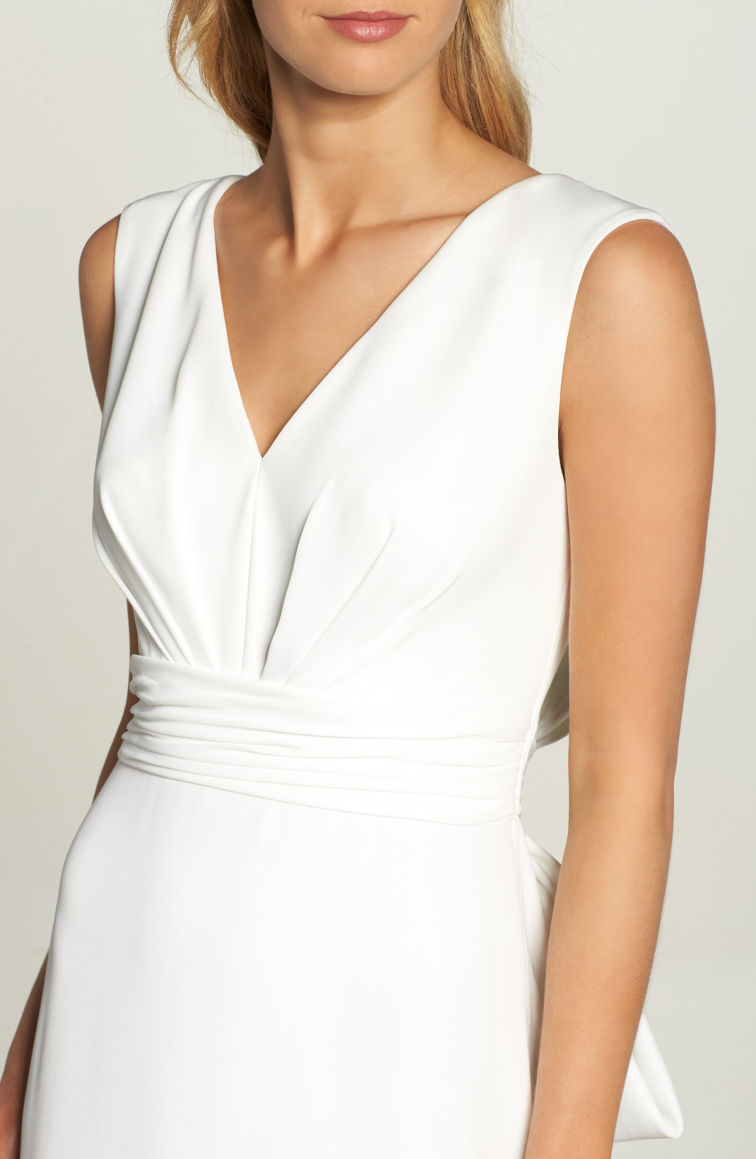Statement Bow Crepe Gown,                             Alternate thumbnail 4, color,                             Ivory