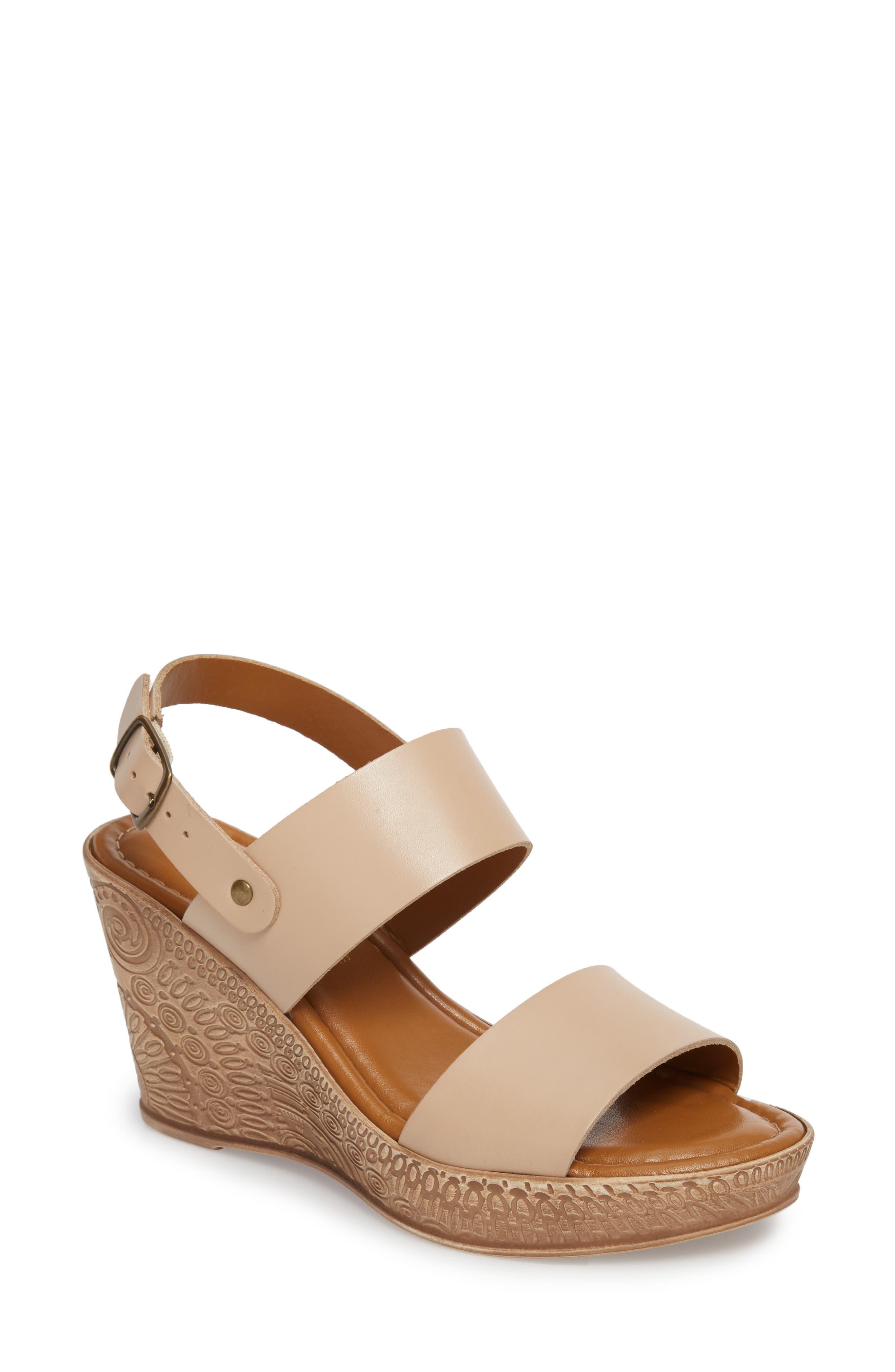 Bella Vita Cor Wedge Sandal (Women)