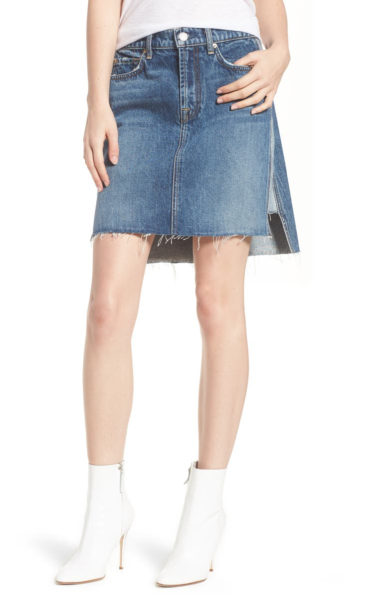 Reverse Side Panel Step Hem Denim Skirt