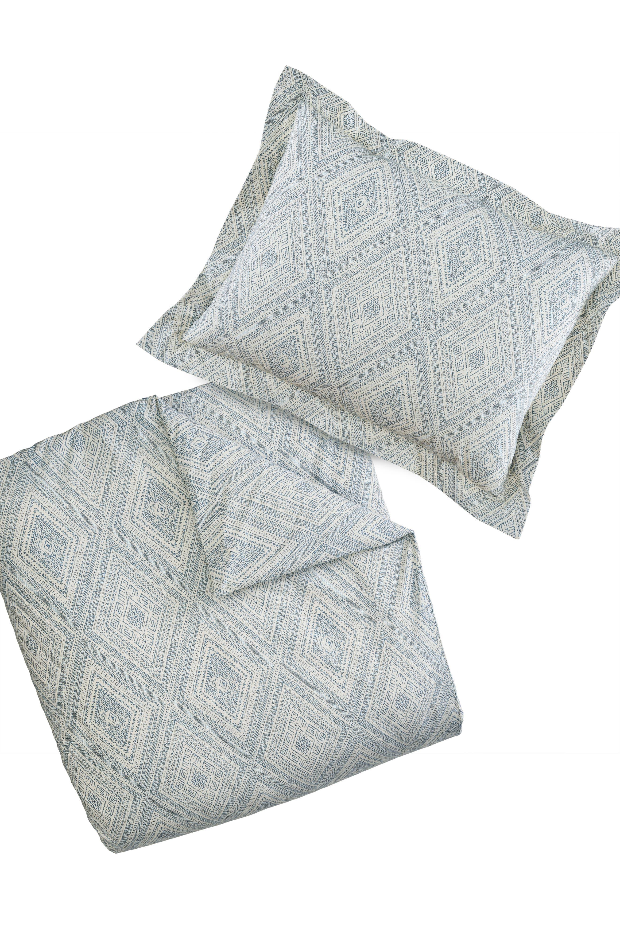 Caspiane 200 Thread Count Pair of Pillow Shams,                             Alternate thumbnail 3, color,                             Turquoise/ Aqua