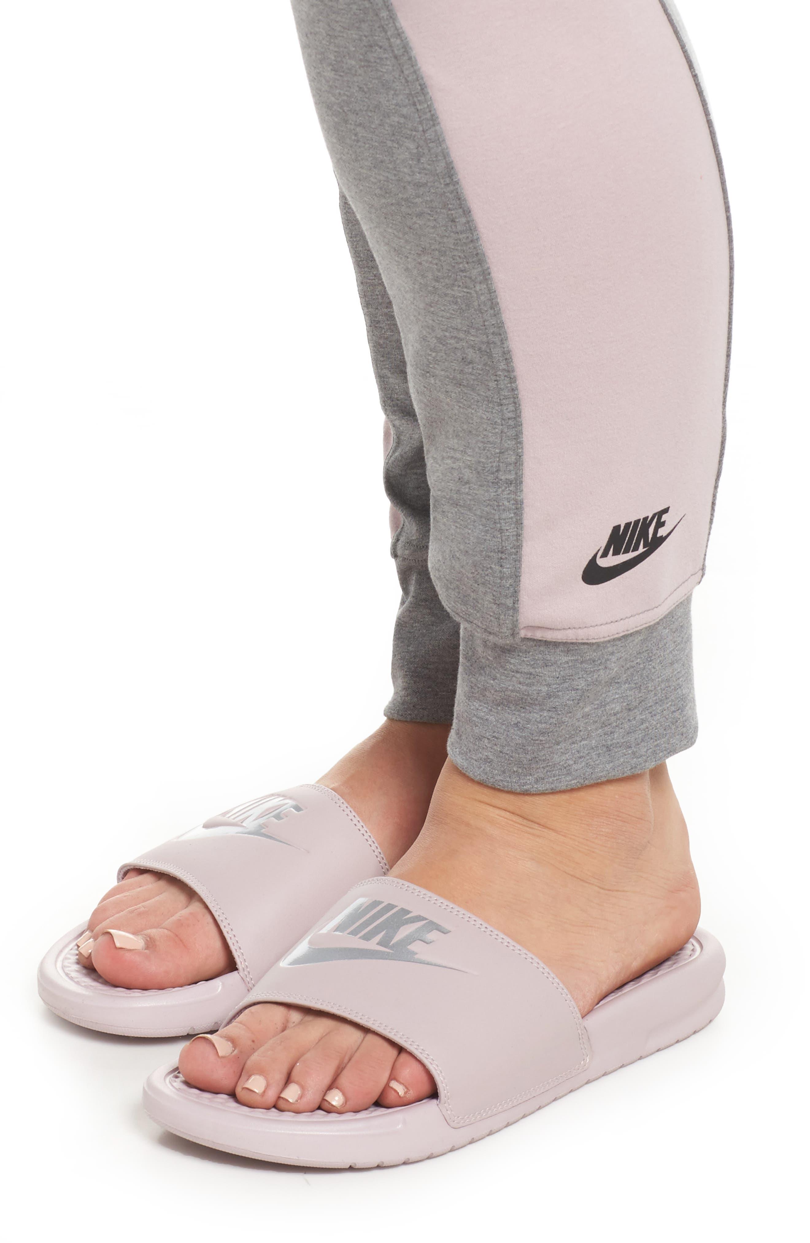 Alternate Image 4  - Nike Sportswear Essential Logo Leggings (Plus Size)