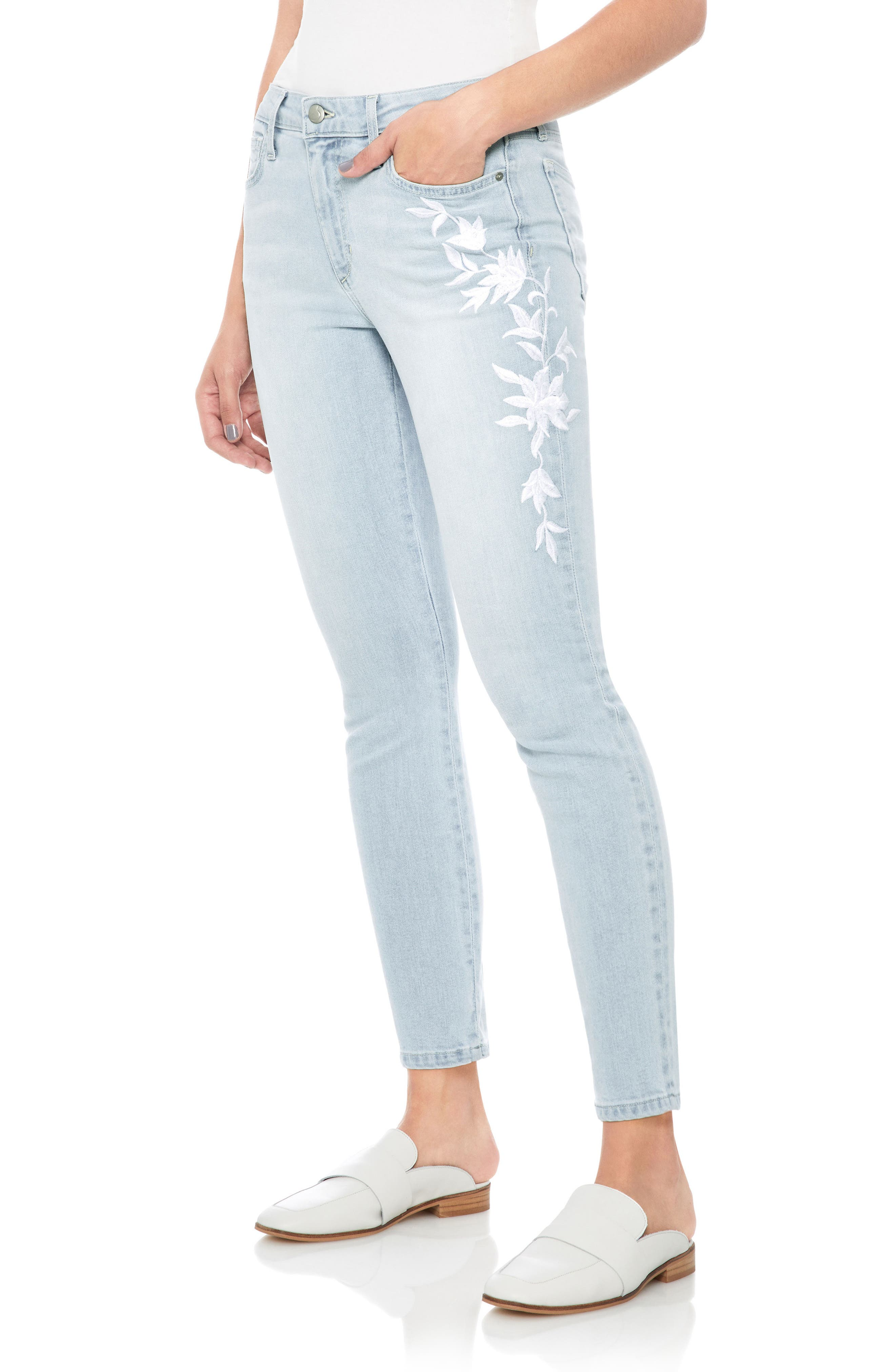 The Icon Embroidered Ankle Skinny Jeans,                         Main,                         color, Alyce