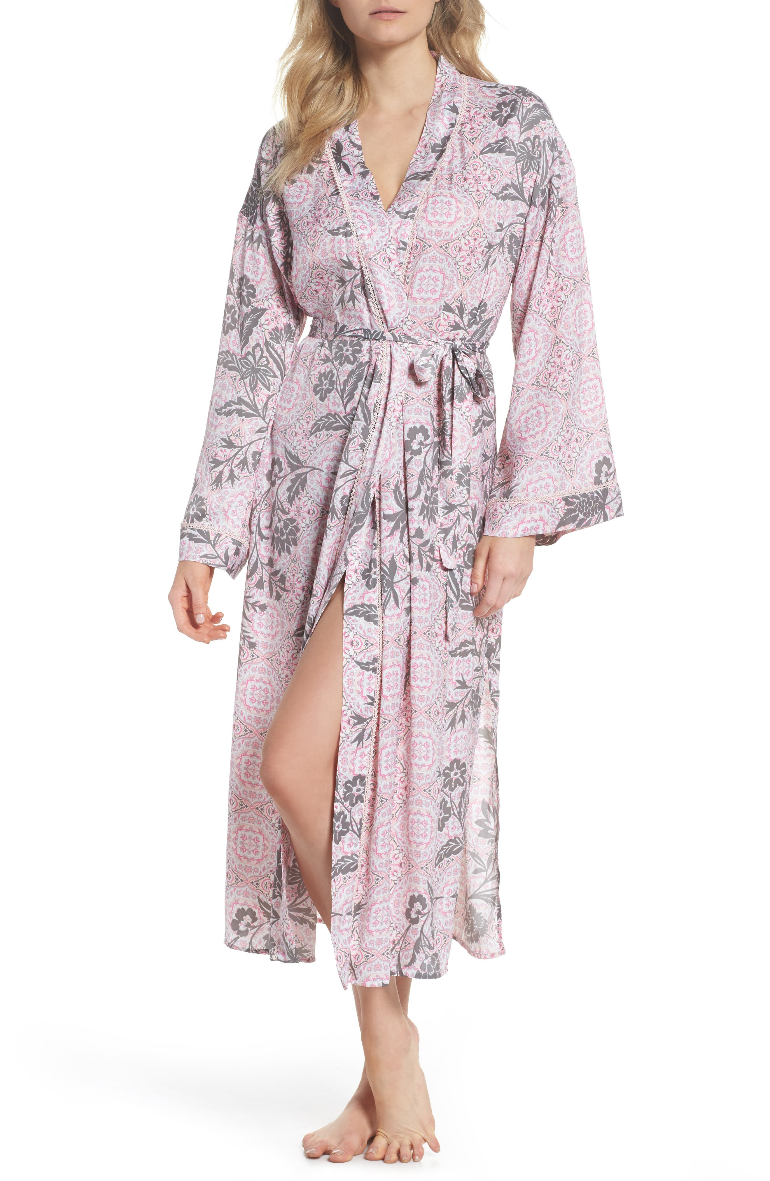 Alternate Image 1 Selected - Nordstrom Lingerie Sweet Dreams Satin Robe