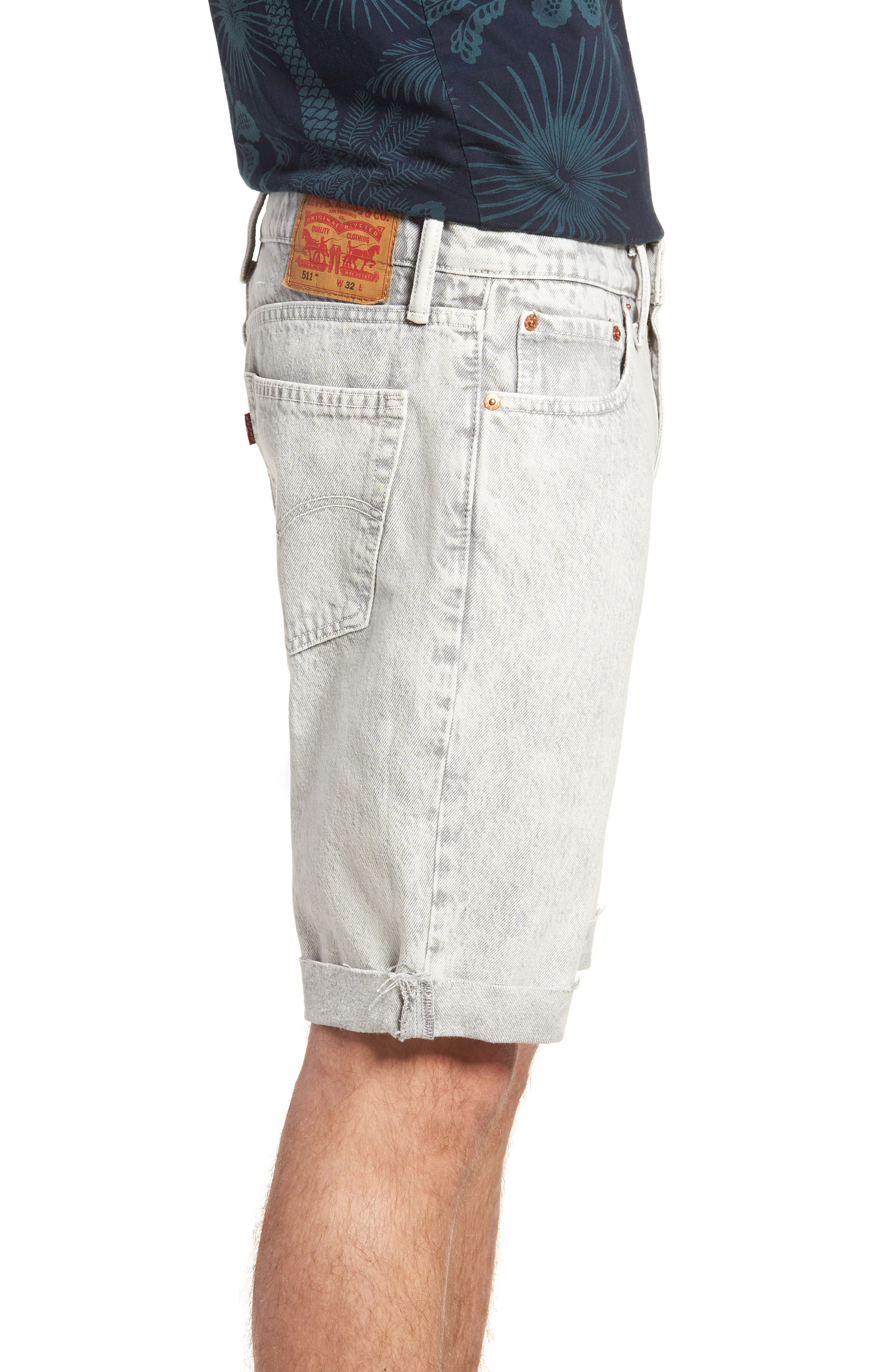 511<sup>™</sup> Cutoff Slim Fit Shorts,                             Alternate thumbnail 3, color,                             Silver Slippers