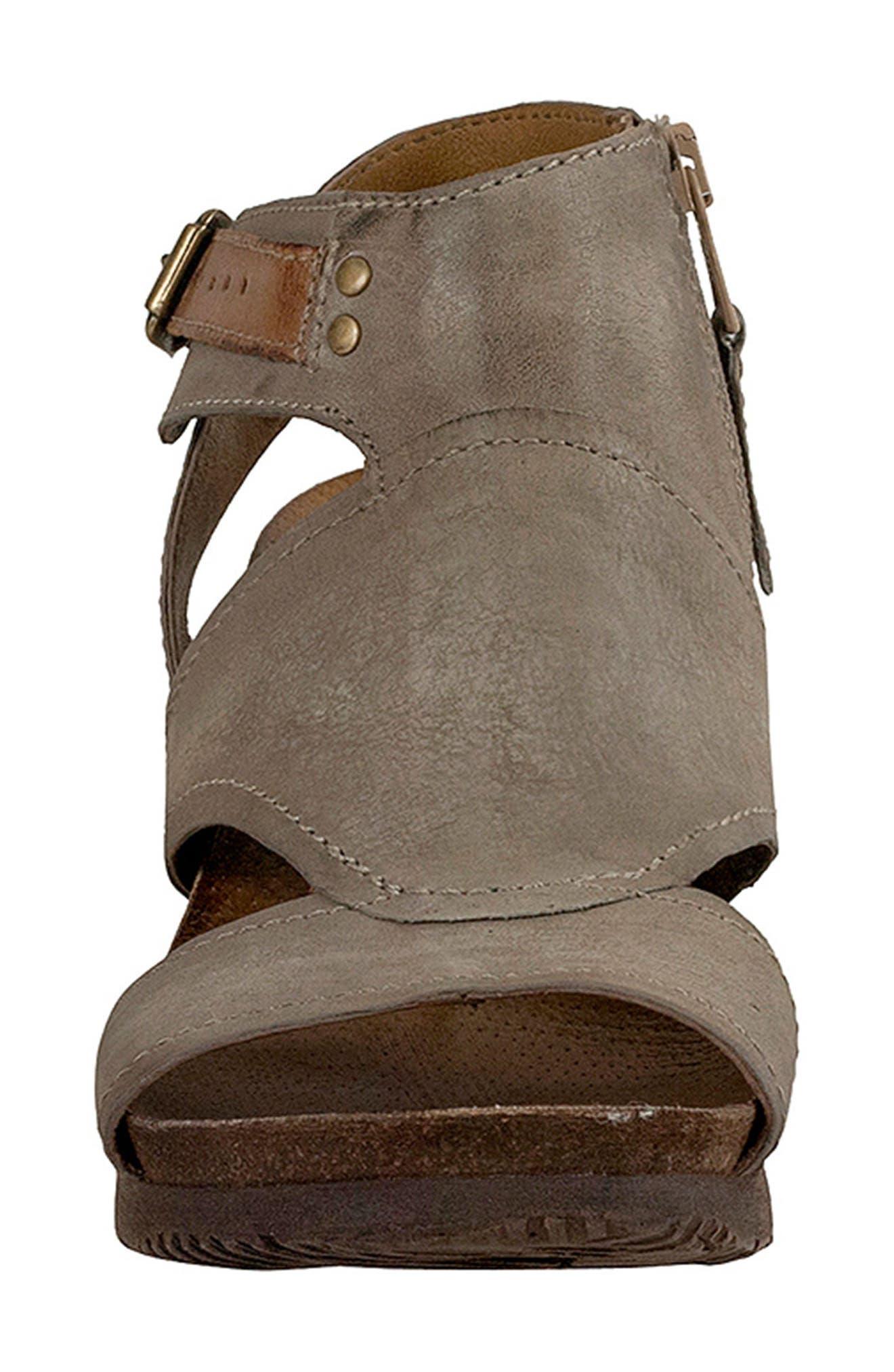 Scout Wedge Sandal,                             Alternate thumbnail 4, color,                             Pebble Leather