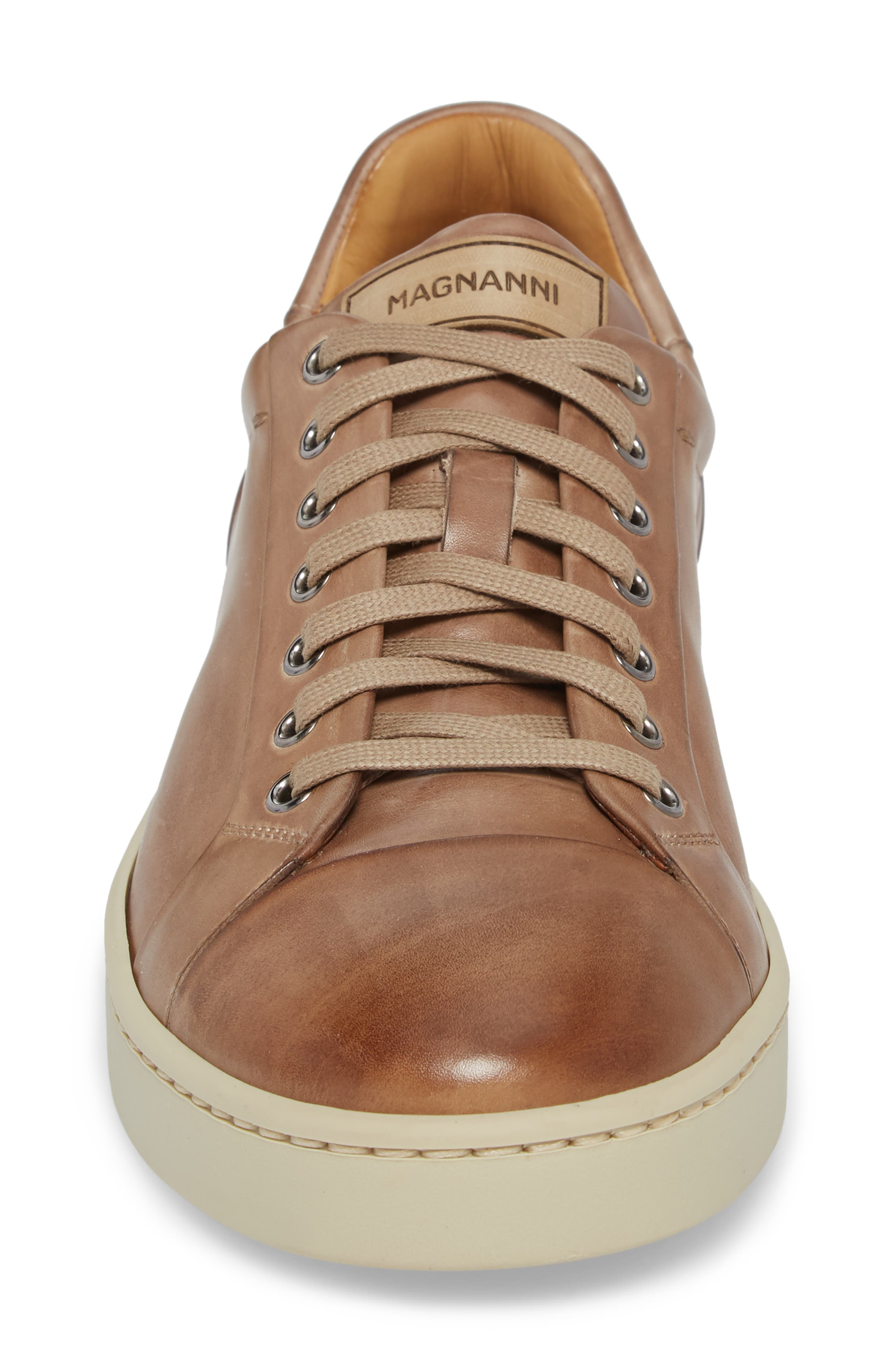 Erardo Low Top Sneaker,                             Alternate thumbnail 4, color,                             Taupe/ Taupe Leather