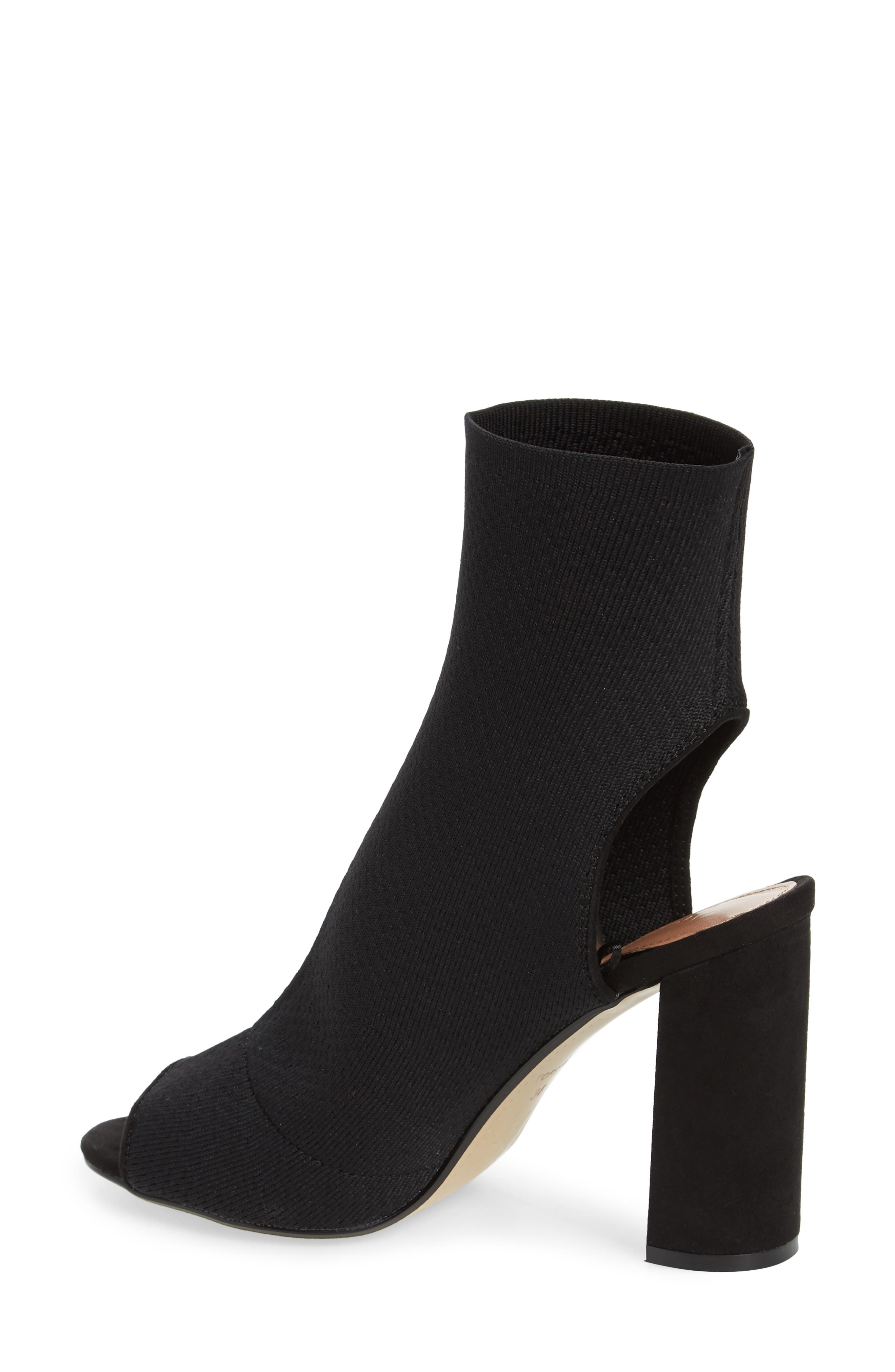 Topshop Women's Sister Block Heel Sock Bootie 8GCXFt