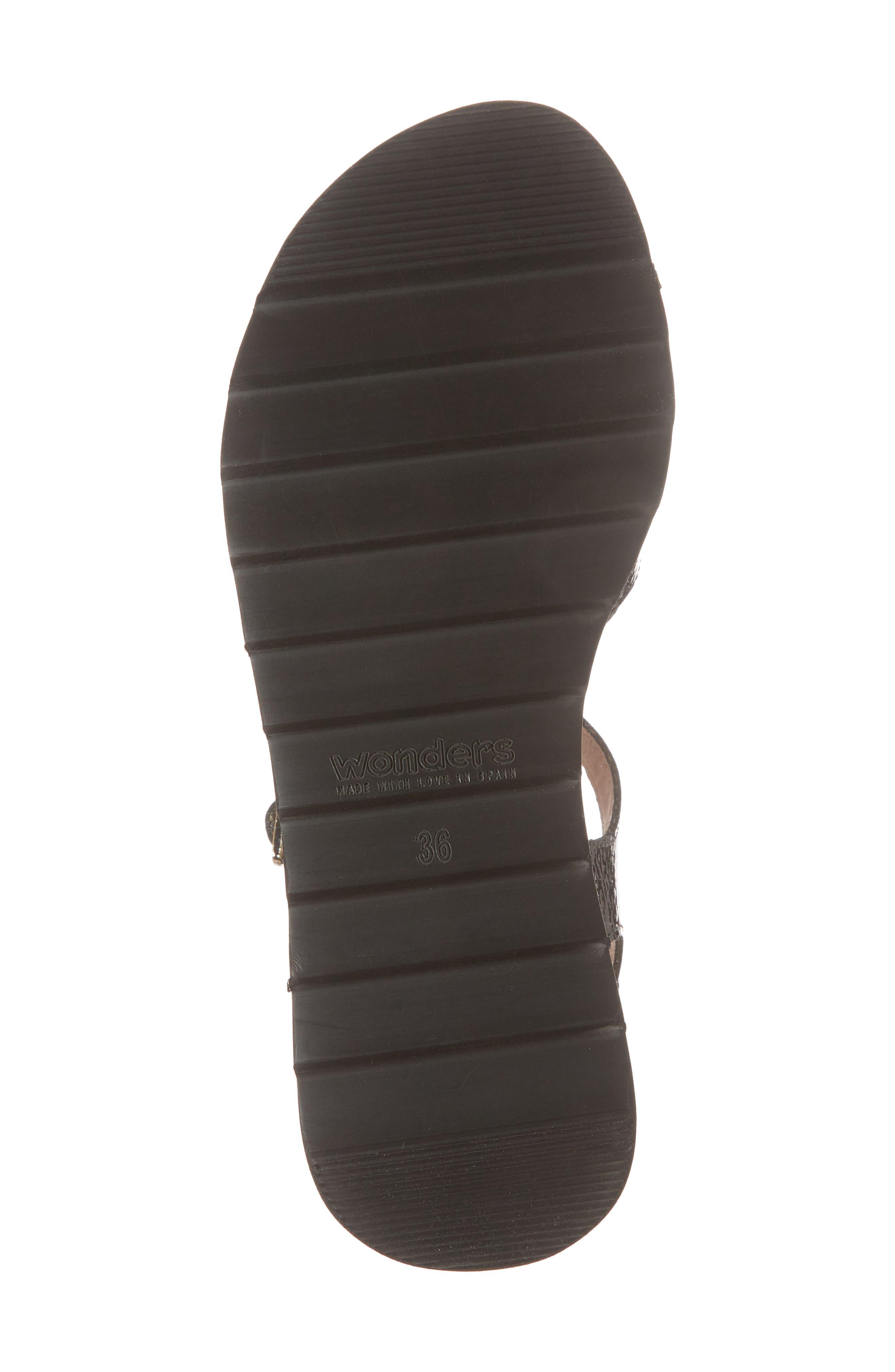 D-7810 Sandal,                             Alternate thumbnail 6, color,                             Black Patent Leather