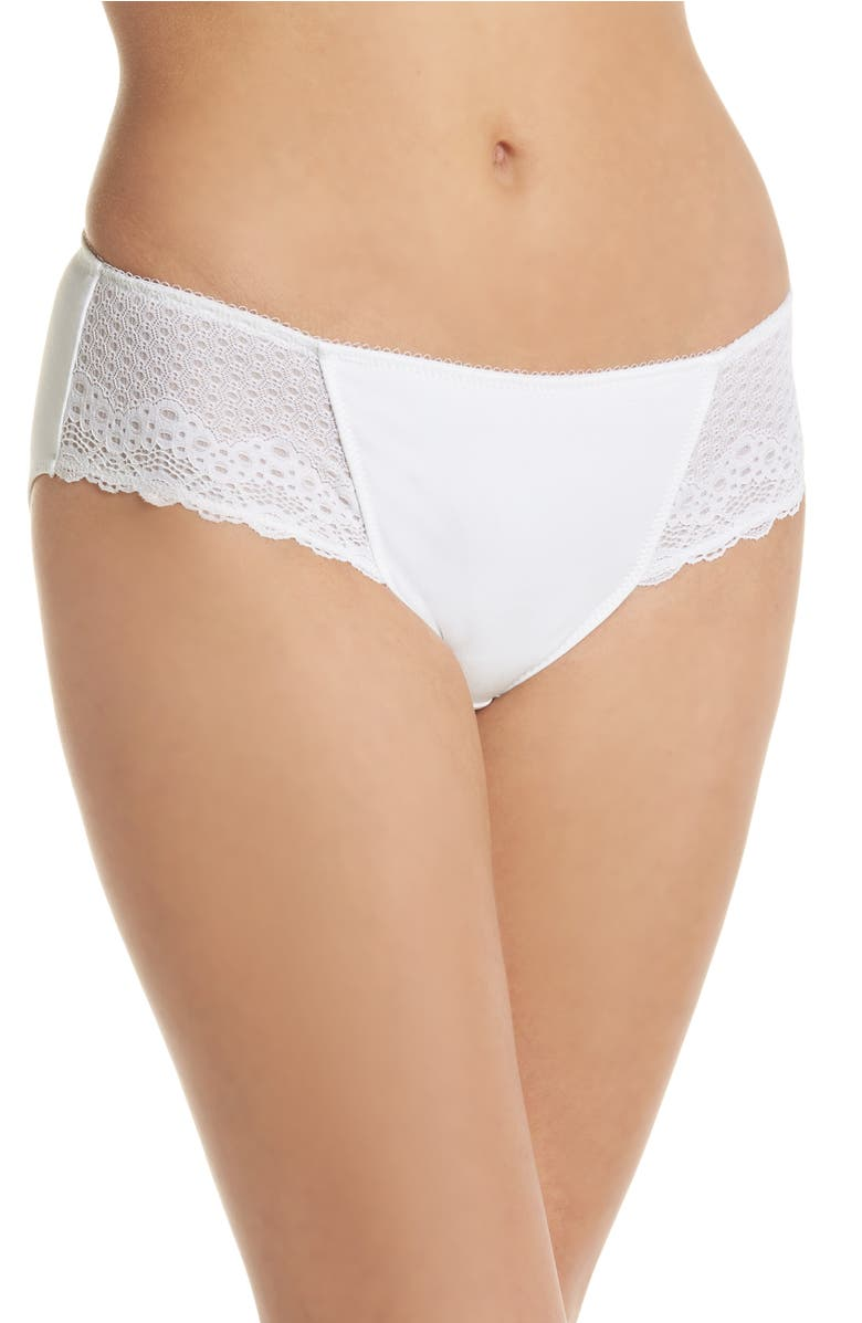 c90de60ab1 Wacoal Soft Embrace Hipster In White